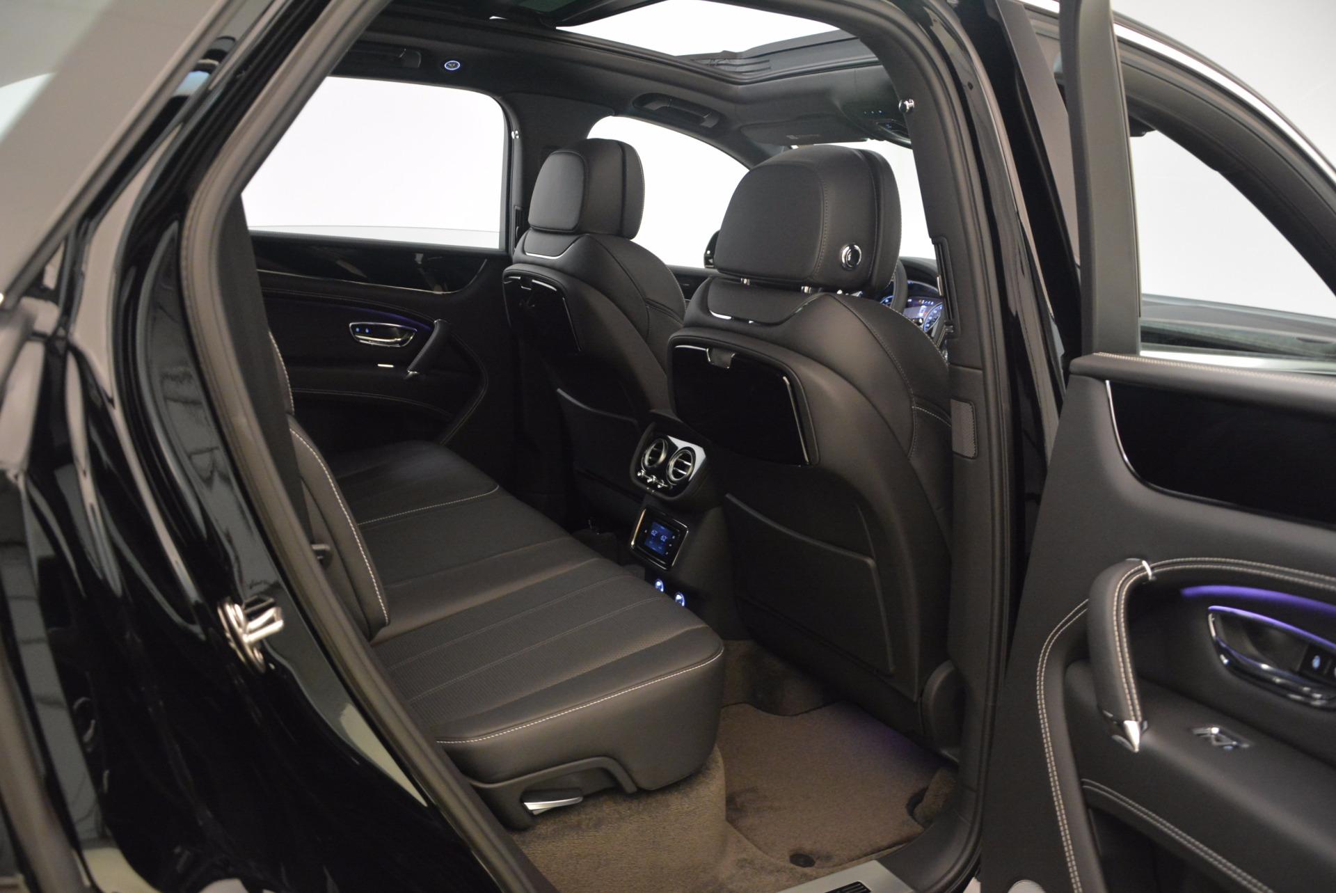 New 2018 Bentley Bentayga Onyx For Sale In Westport, CT 1579_p29