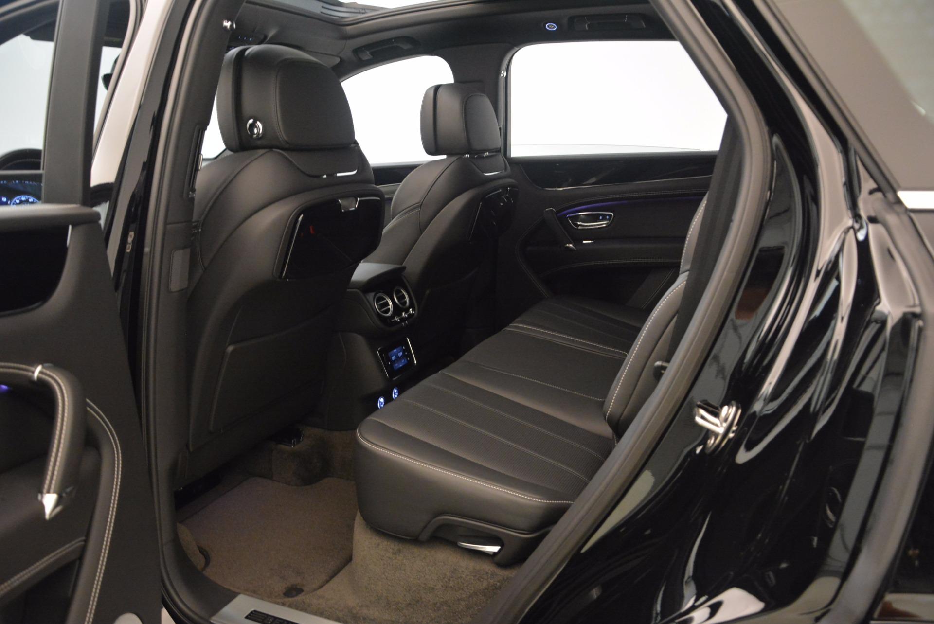 New 2018 Bentley Bentayga Onyx For Sale In Westport, CT 1579_p39