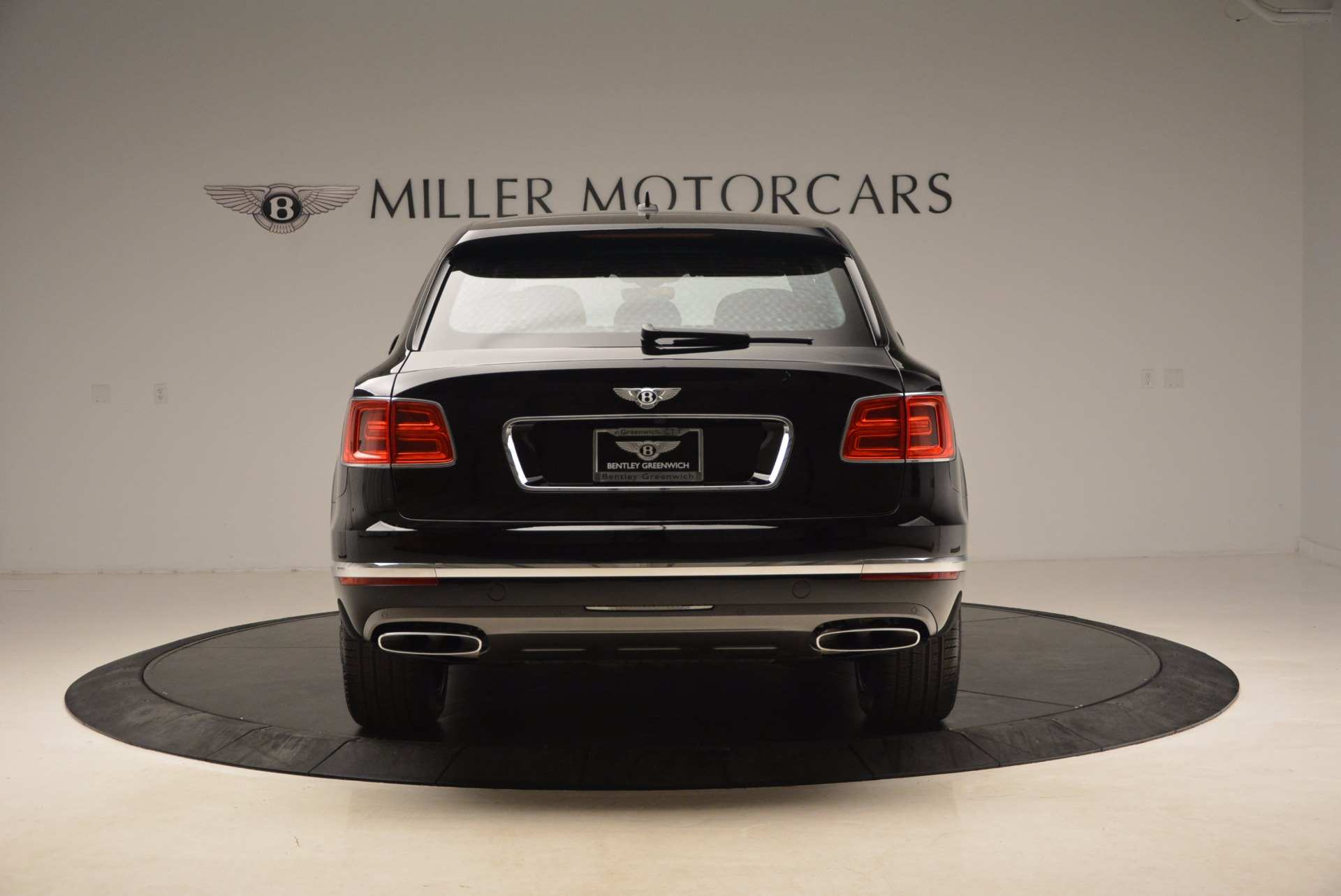 New 2018 Bentley Bentayga Onyx For Sale In Westport, CT 1579_p7