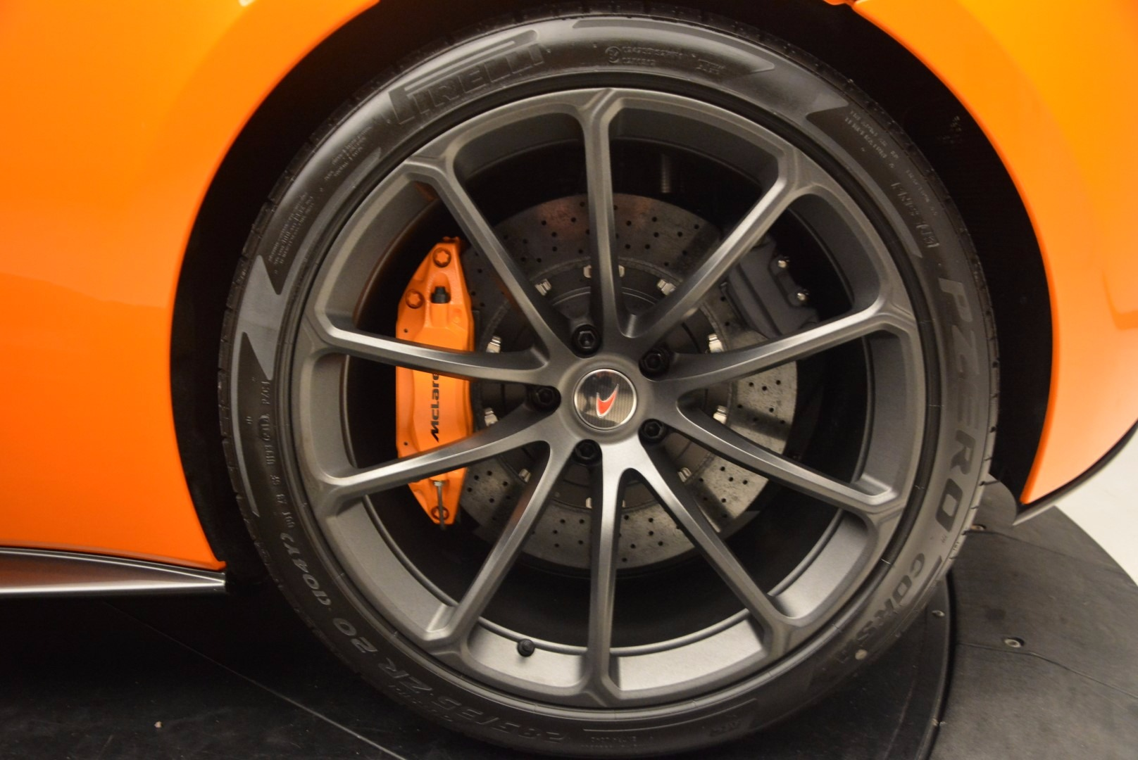 New 2018 McLaren 570S Spider  For Sale In Westport, CT 1580_p24