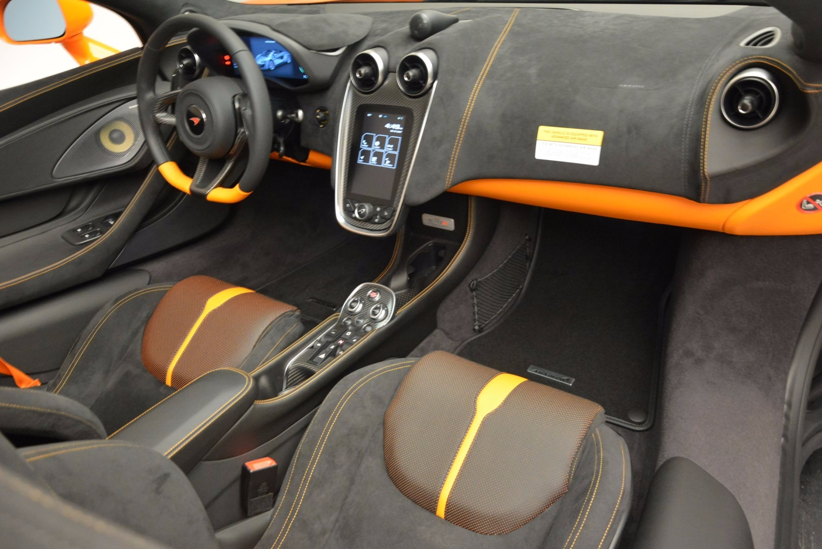 New 2018 McLaren 570S Spider  For Sale In Westport, CT 1580_p29
