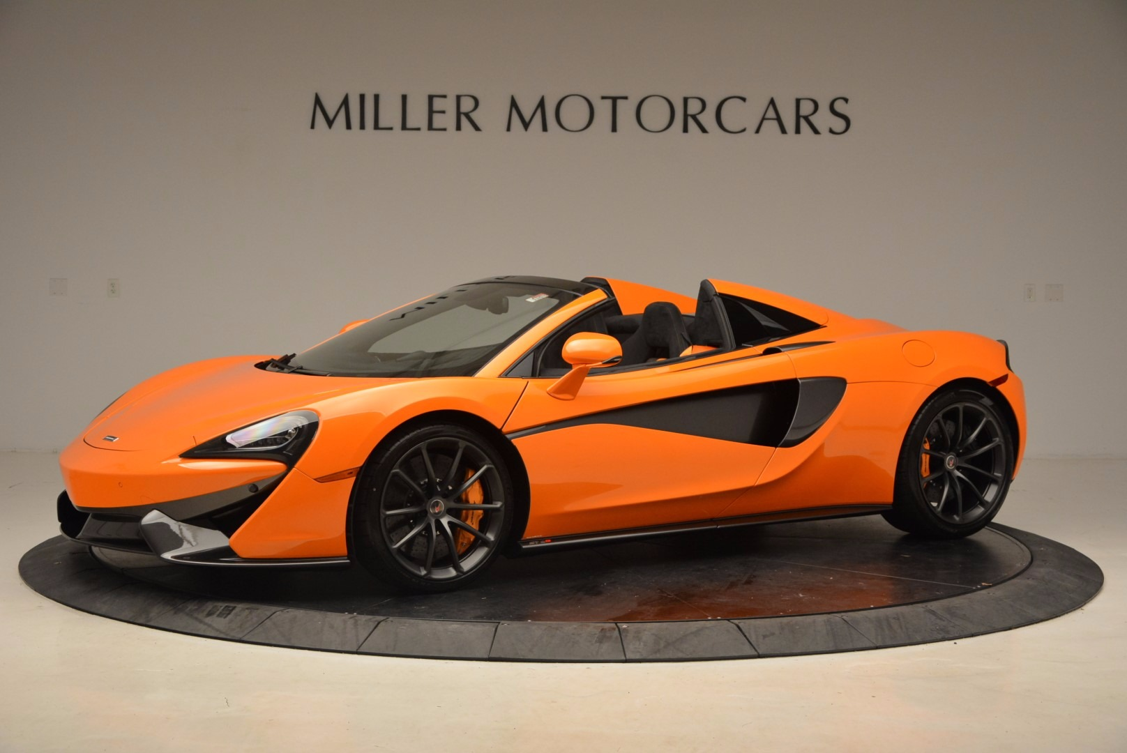 New 2018 McLaren 570S Spider  For Sale In Westport, CT 1580_p2