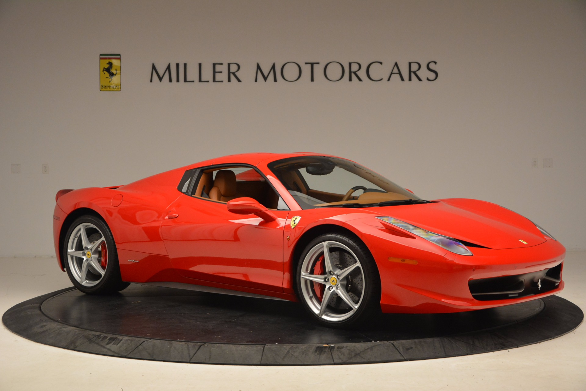 Used 2012 Ferrari 458 Spider  For Sale In Westport, CT 1581_p22