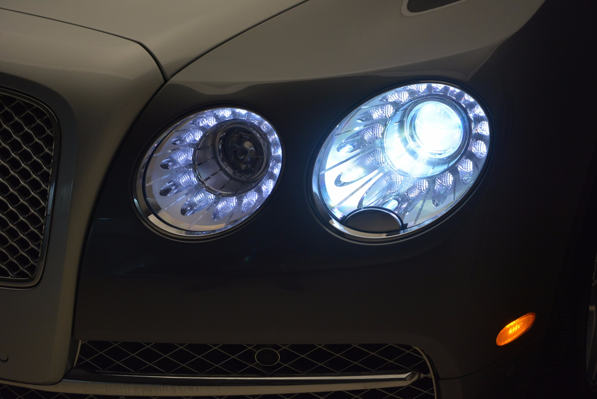 Used 2015 Bentley Flying Spur W12 For Sale In Westport, CT 1582_p18