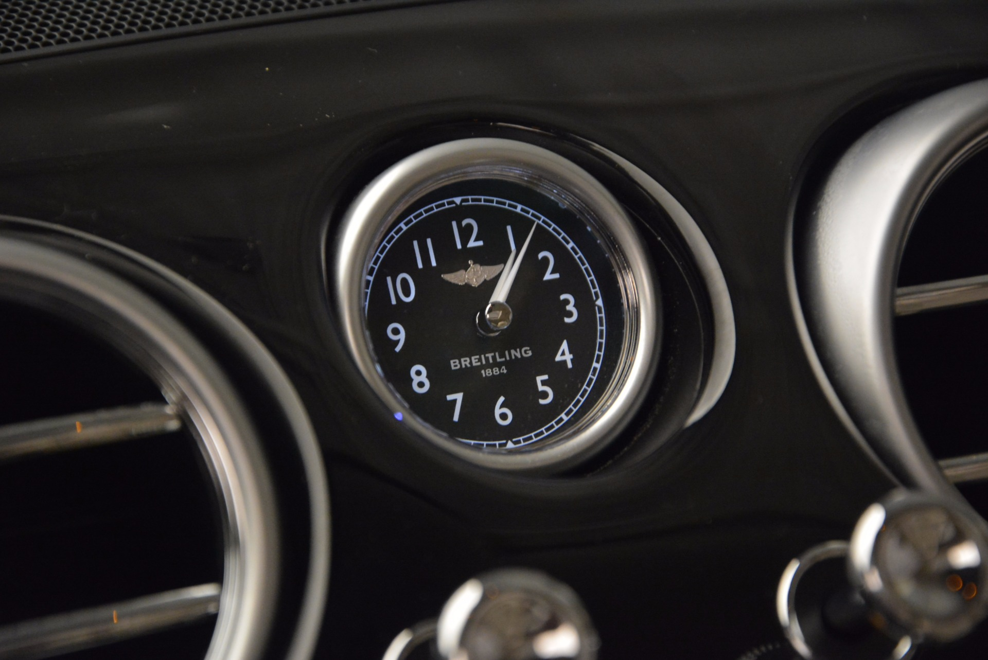 Used 2015 Bentley Flying Spur W12 For Sale In Westport, CT 1582_p26