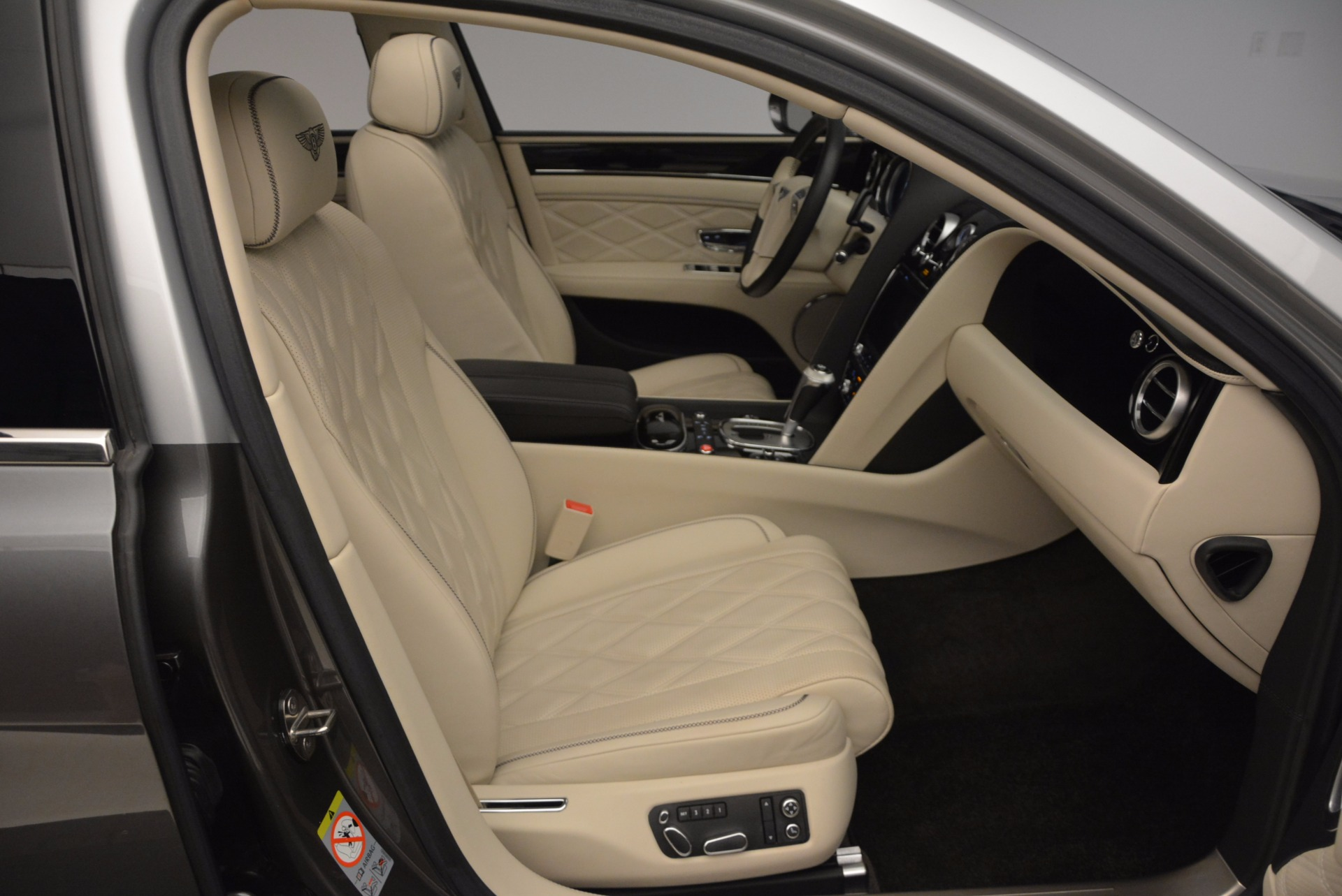 Used 2015 Bentley Flying Spur W12 For Sale In Westport, CT 1582_p40