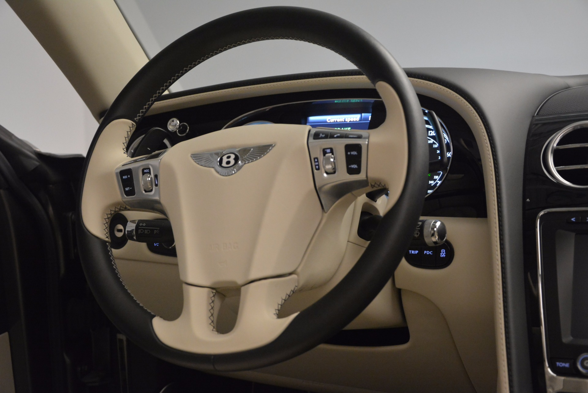 Used 2015 Bentley Flying Spur W12 For Sale In Westport, CT 1582_p44