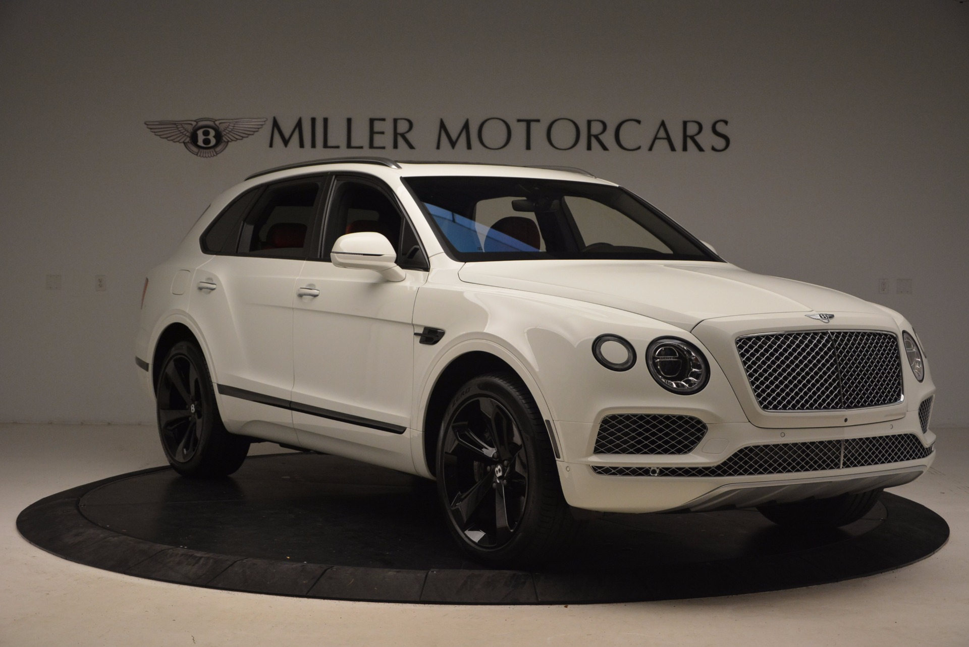 Used 2018 Bentley Bentayga Signature For Sale In Westport, CT 1585_p11