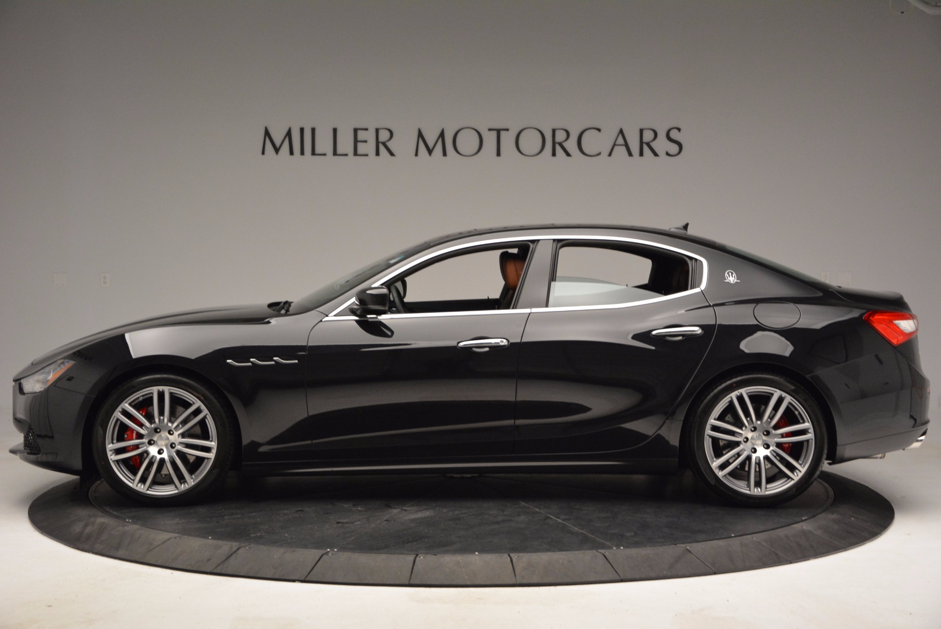 Used 2014 Maserati Ghibli S Q4 For Sale In Westport, CT 1587_p3
