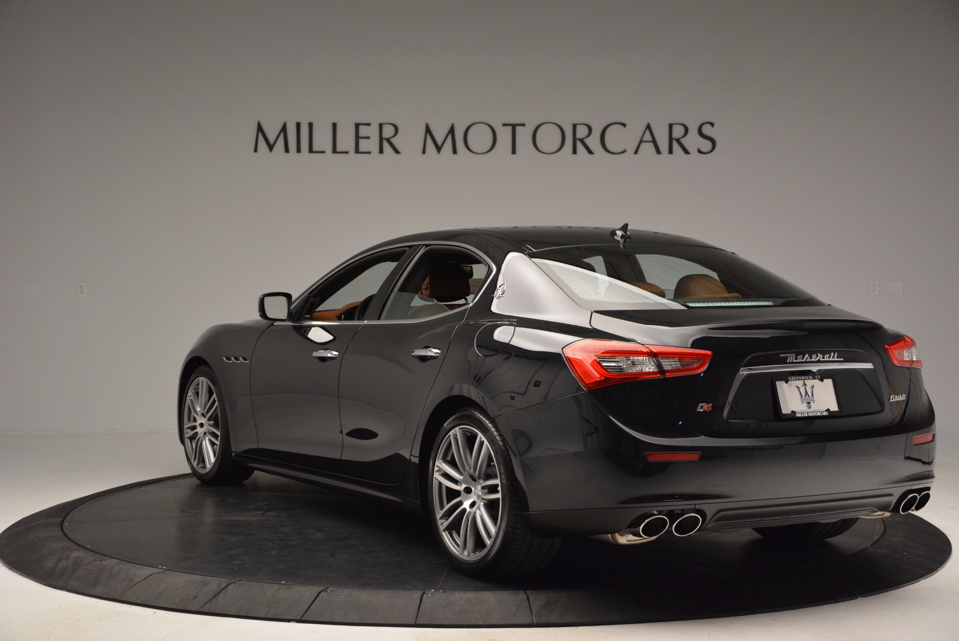 Used 2014 Maserati Ghibli S Q4 For Sale In Westport, CT 1587_p5