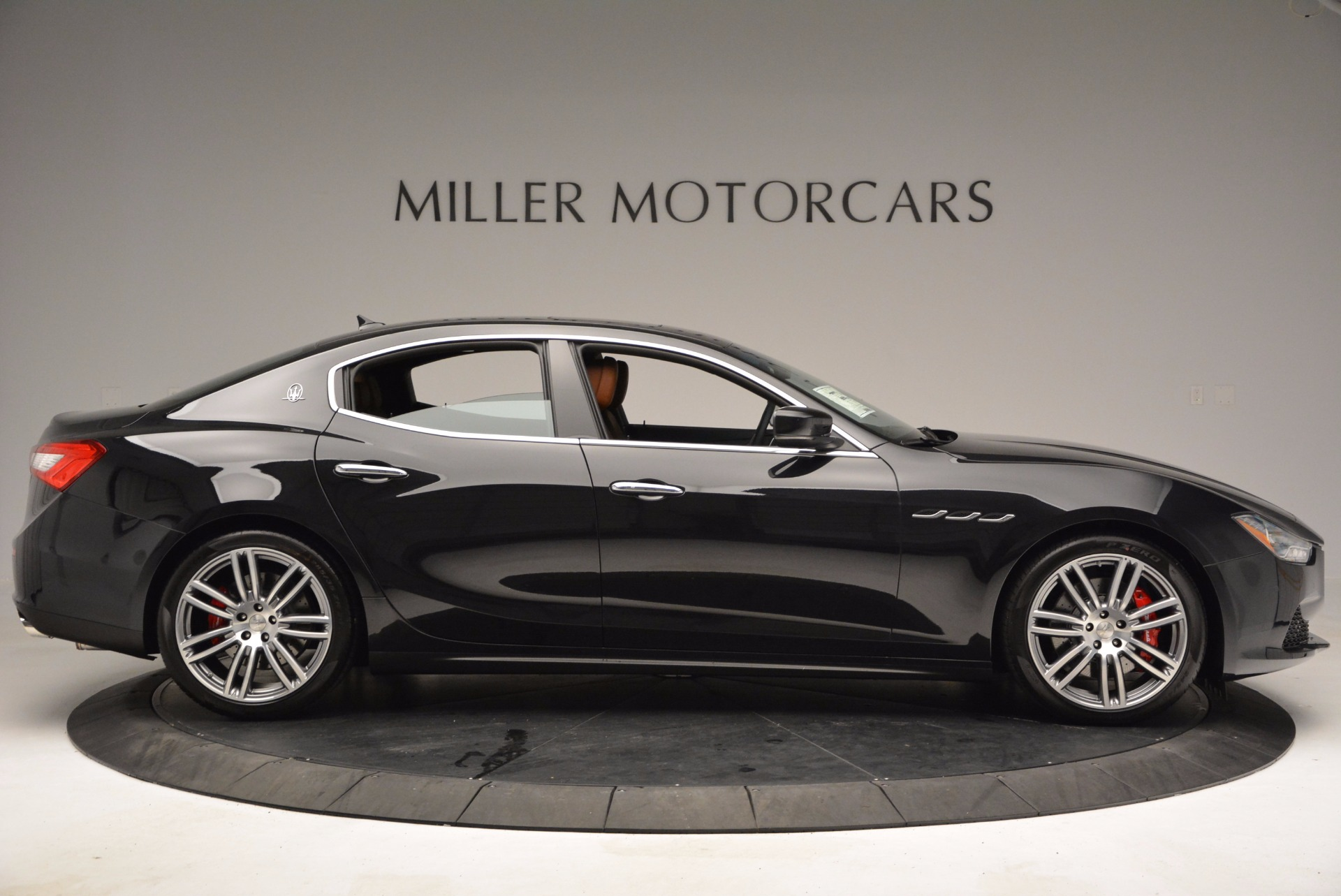 Used 2014 Maserati Ghibli S Q4 For Sale In Westport, CT 1587_p9