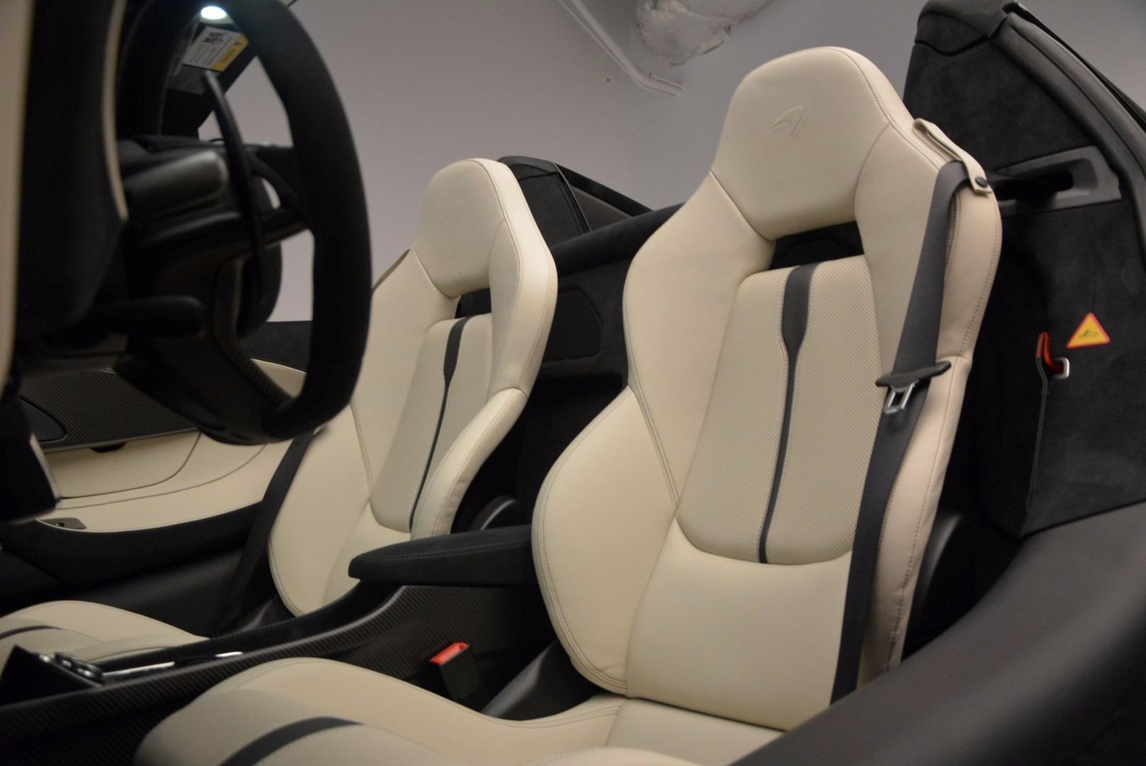 New 2018 McLaren 570S Spider  For Sale In Westport, CT 1595_p27