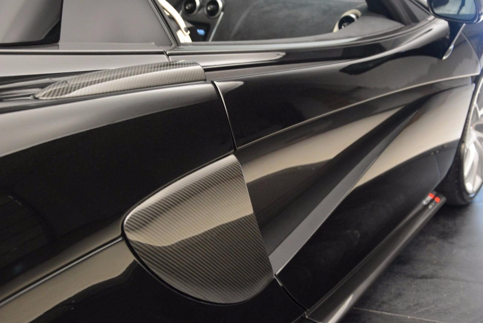 New 2018 McLaren 570S Spider  For Sale In Westport, CT 1595_p32