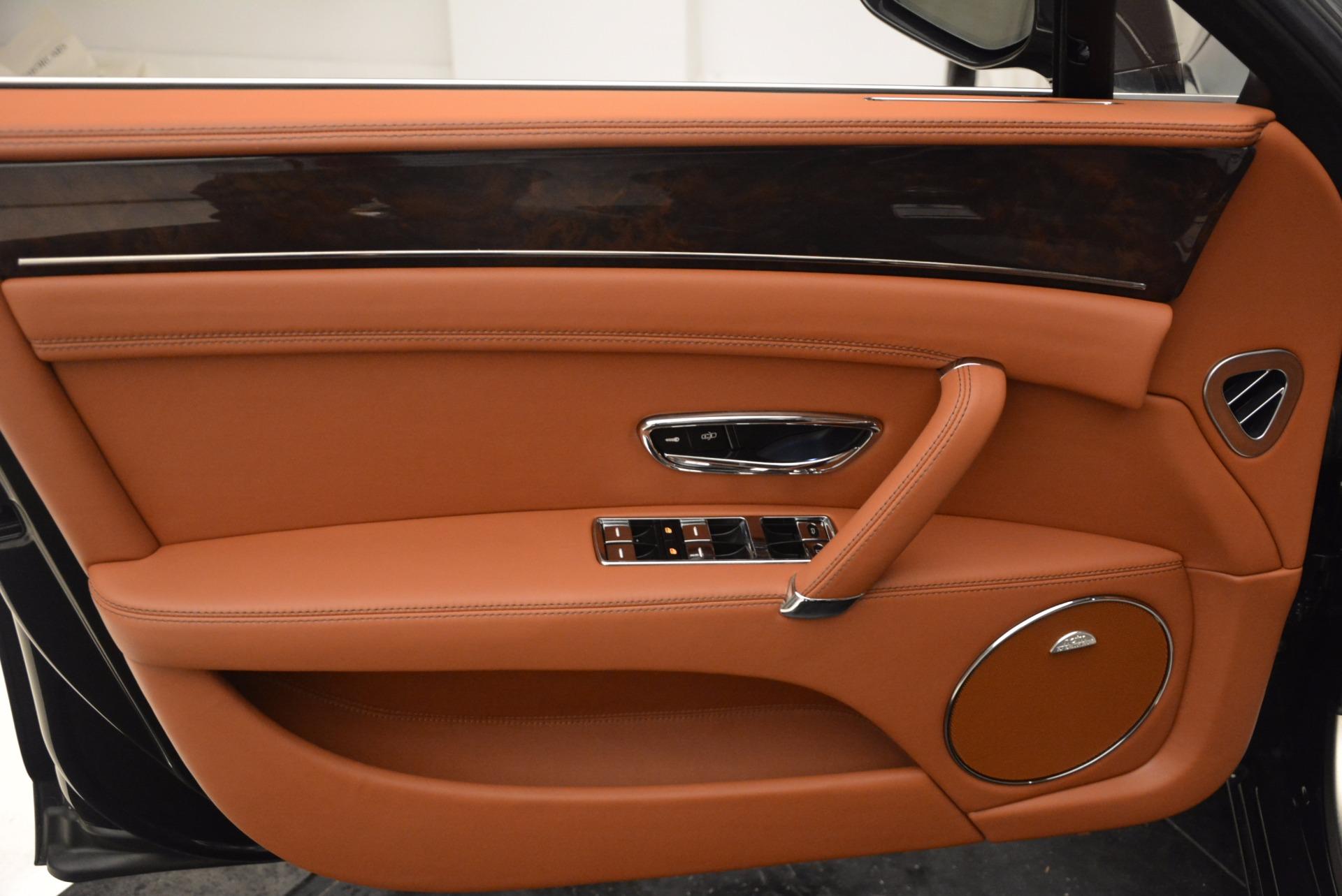 Used 2014 Bentley Flying Spur W12 For Sale In Westport, CT 1598_p25