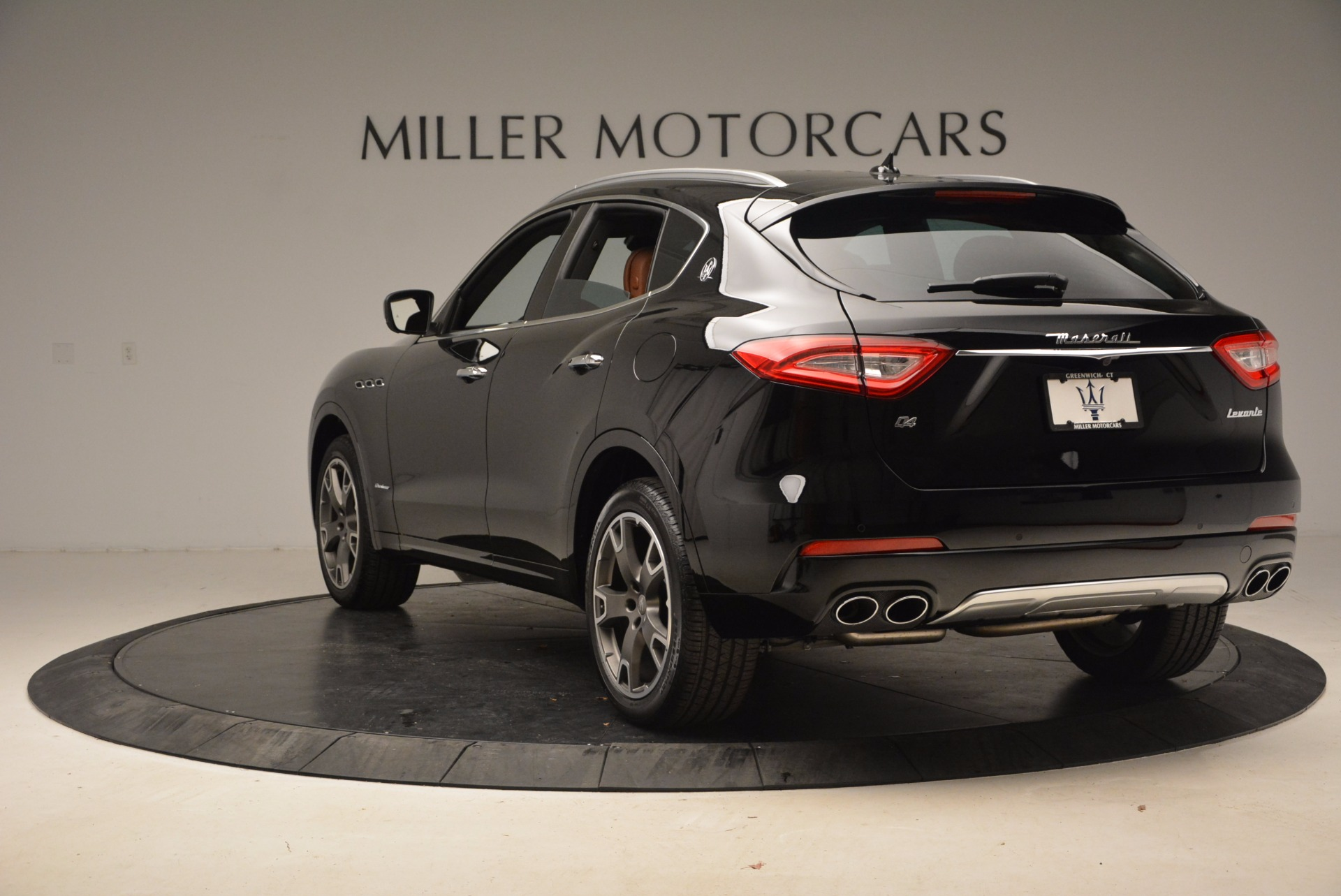 New 2018 Maserati Levante Q4 GranLusso For Sale In Westport, CT 1599_p5