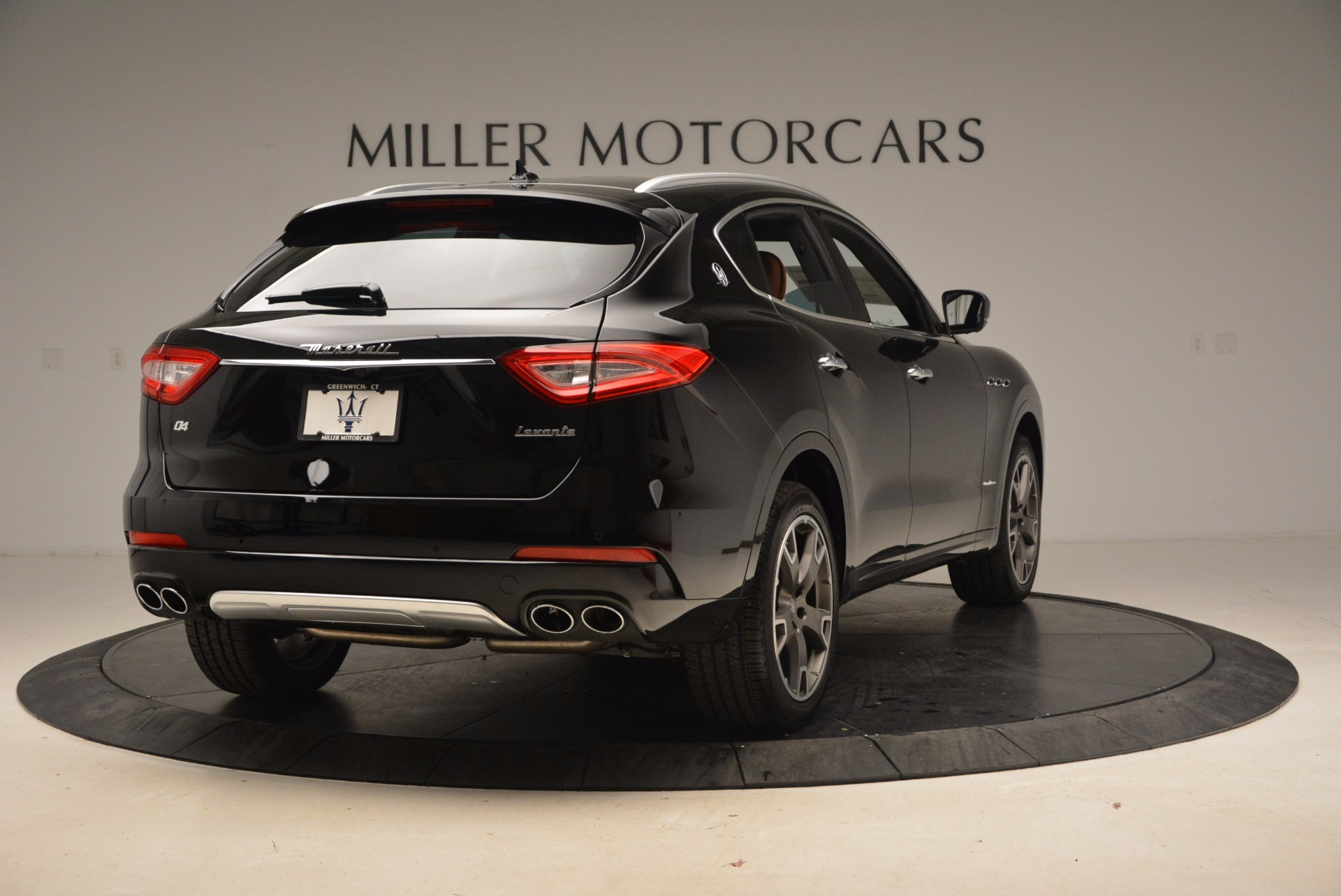 New 2018 Maserati Levante Q4 GranLusso For Sale In Westport, CT 1599_p7