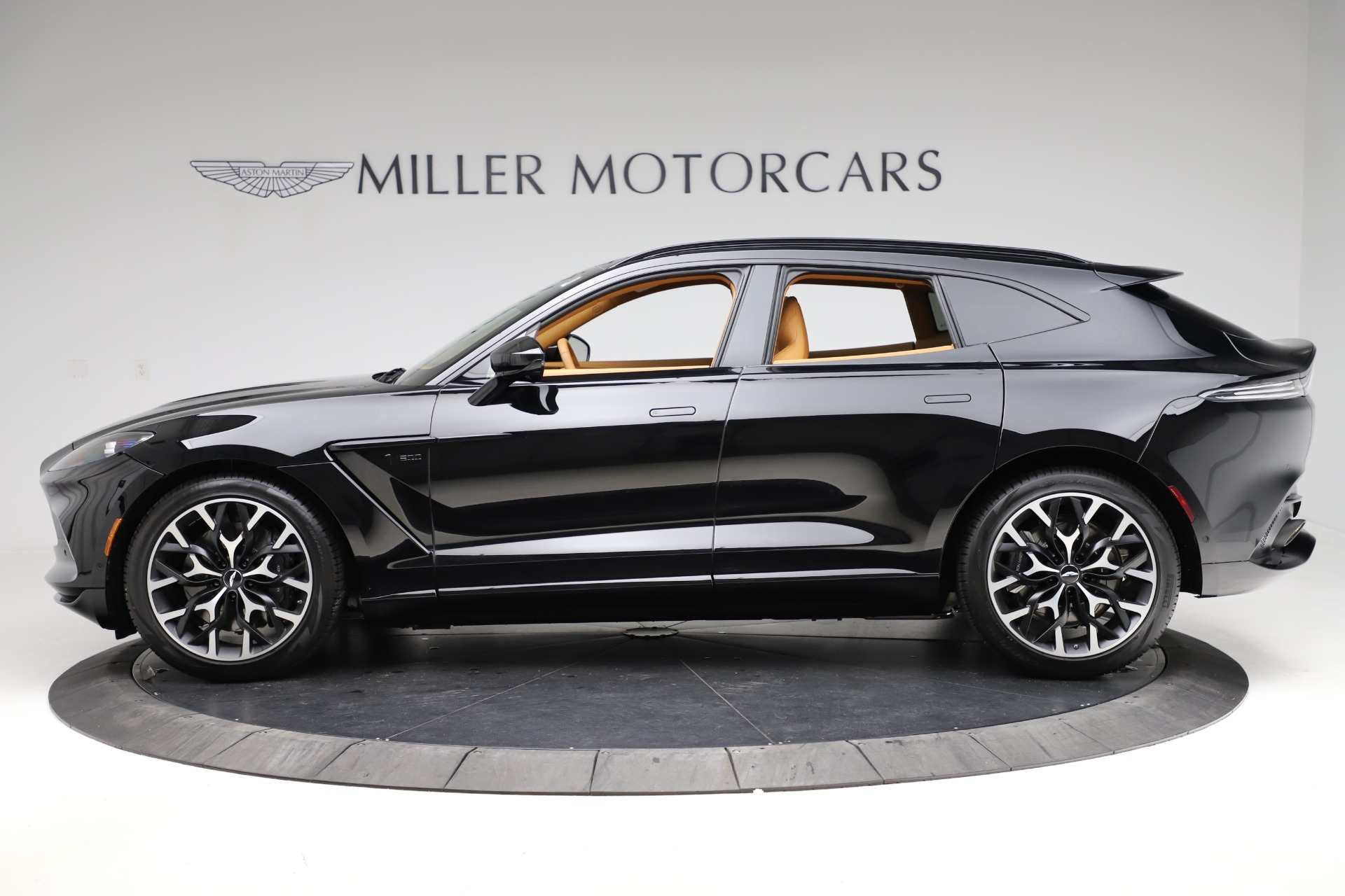 New 2020 Aston Martin DBX  For Sale In Westport, CT 1602_p2