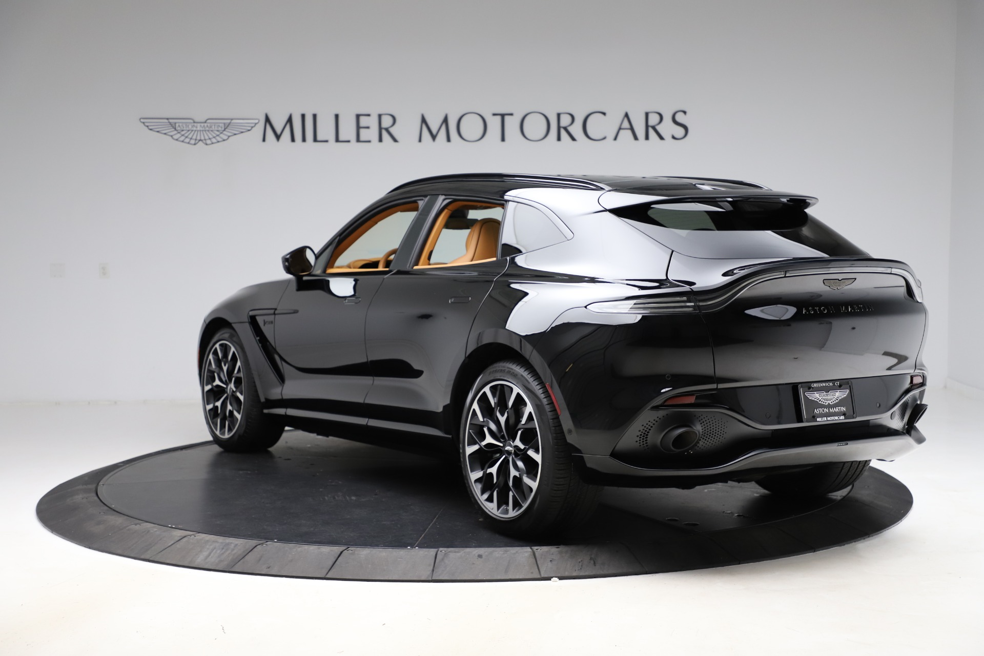 New 2020 Aston Martin DBX  For Sale In Westport, CT 1602_p4
