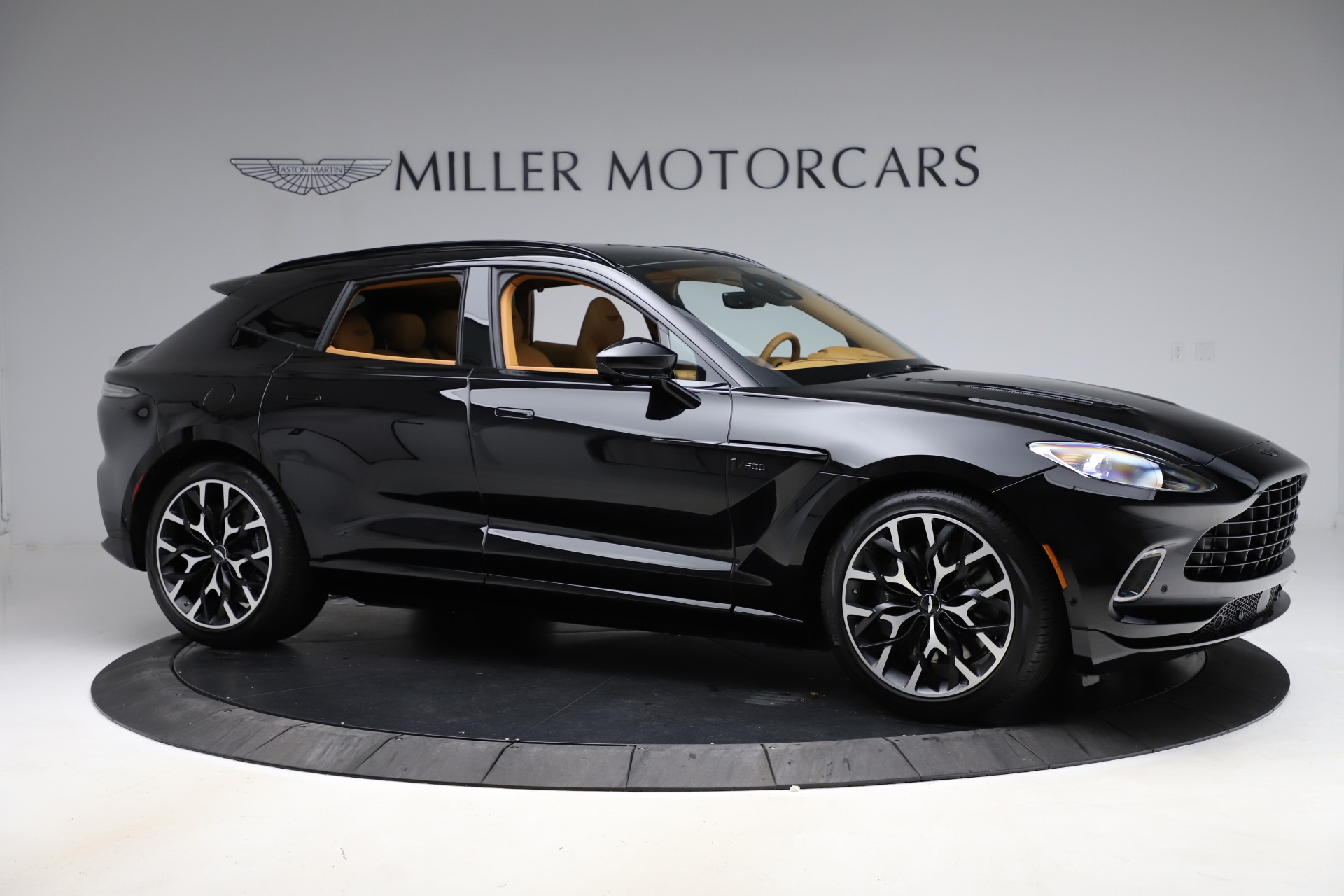 New 2020 Aston Martin DBX  For Sale In Westport, CT 1602_p9