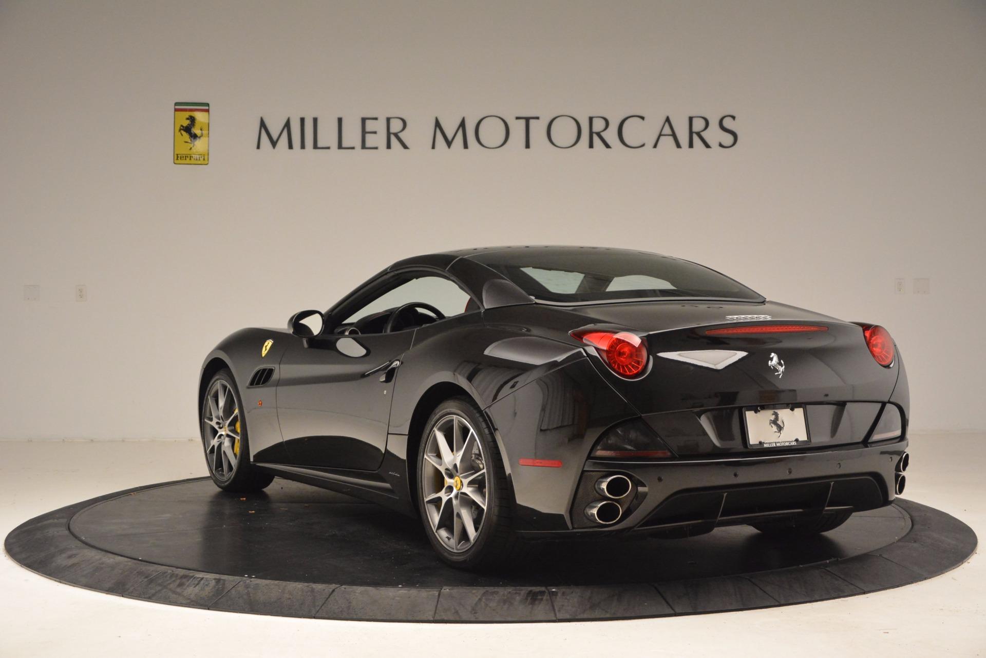 Used 2013 Ferrari California  For Sale In Westport, CT 1603_p17