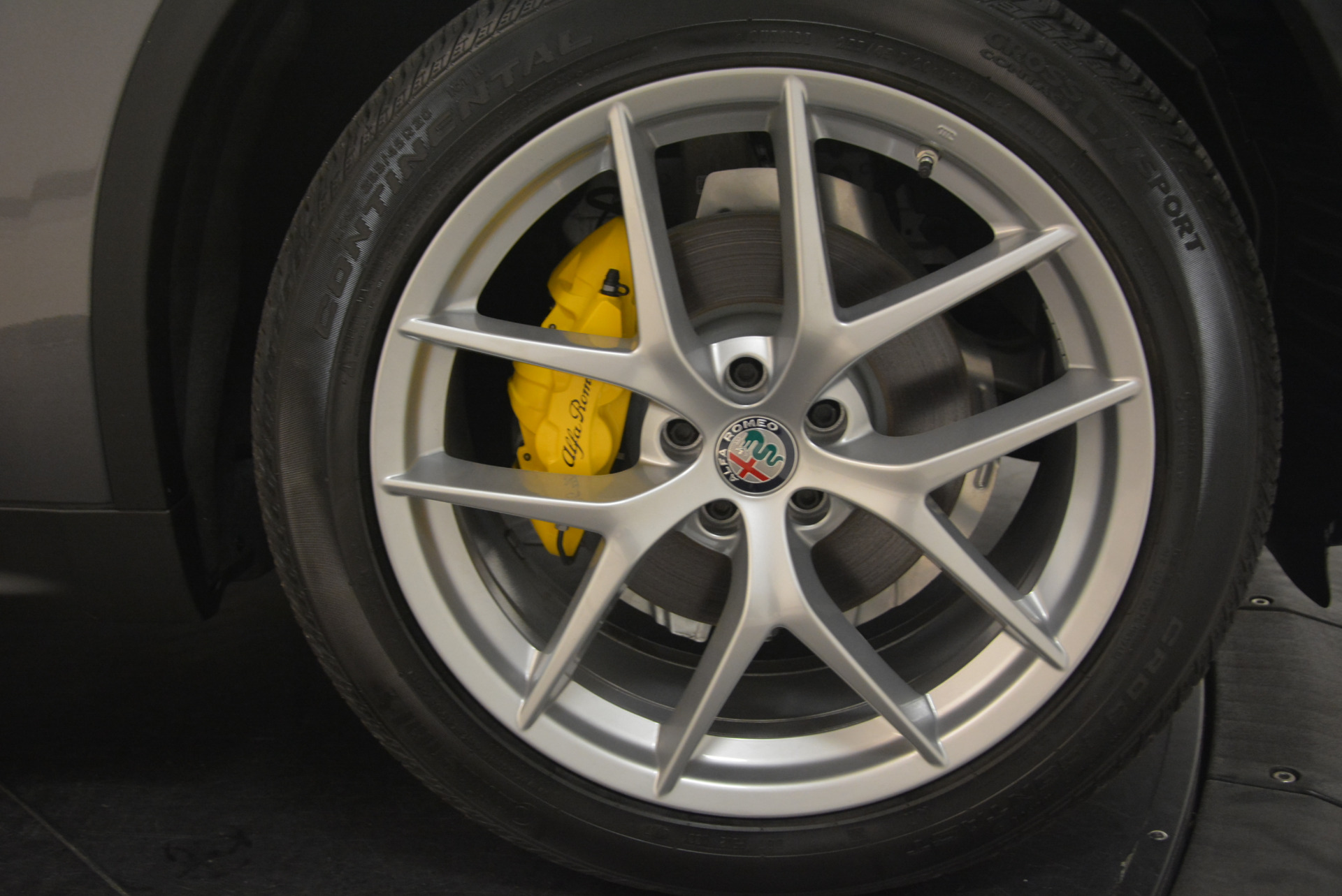 New 2018 Alfa Romeo Stelvio Sport Q4 For Sale In Westport, CT 1604_p25