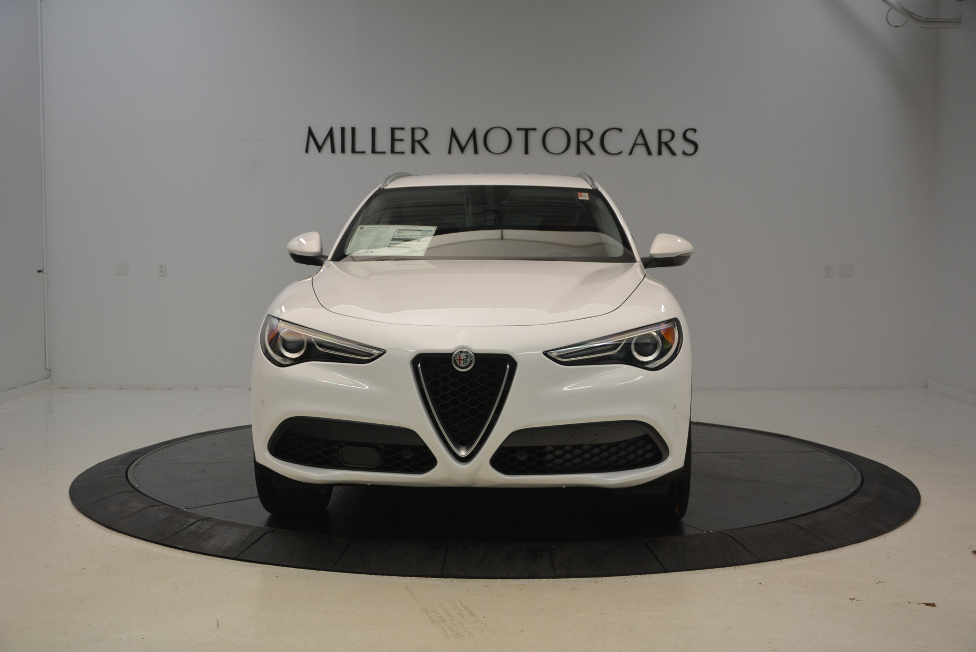 New 2018 Alfa Romeo Stelvio Q4 For Sale In Westport, CT 1610_p12