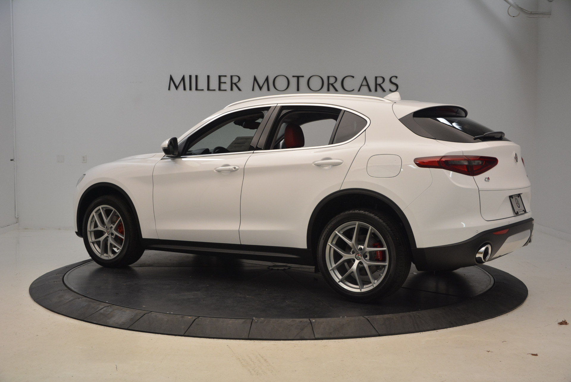 New 2018 Alfa Romeo Stelvio Q4 For Sale In Westport, CT 1610_p4