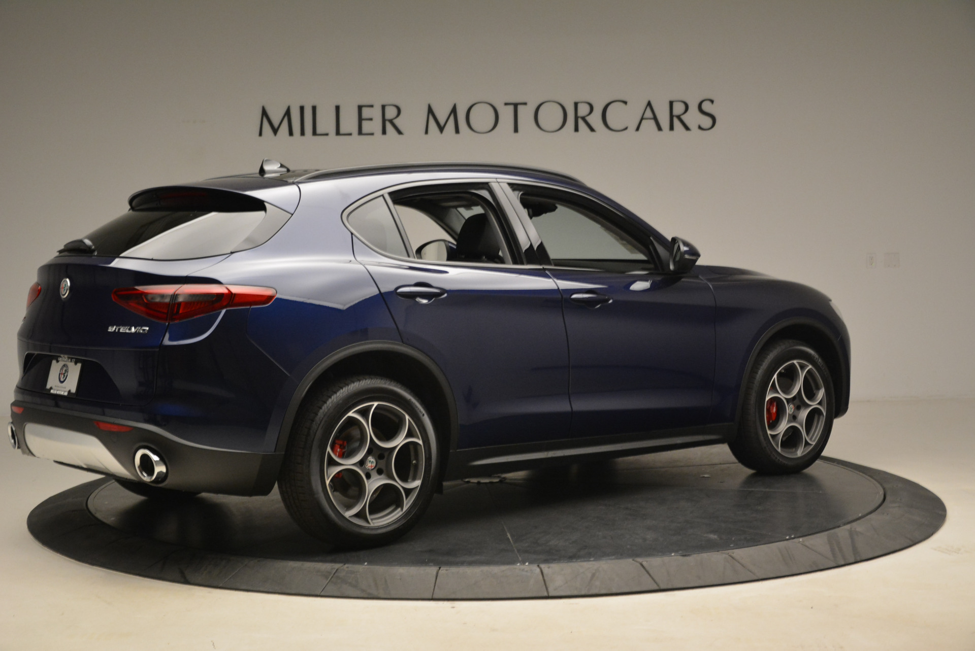 New 2018 Alfa Romeo Stelvio Sport Q4 For Sale In Westport, CT 1611_p8