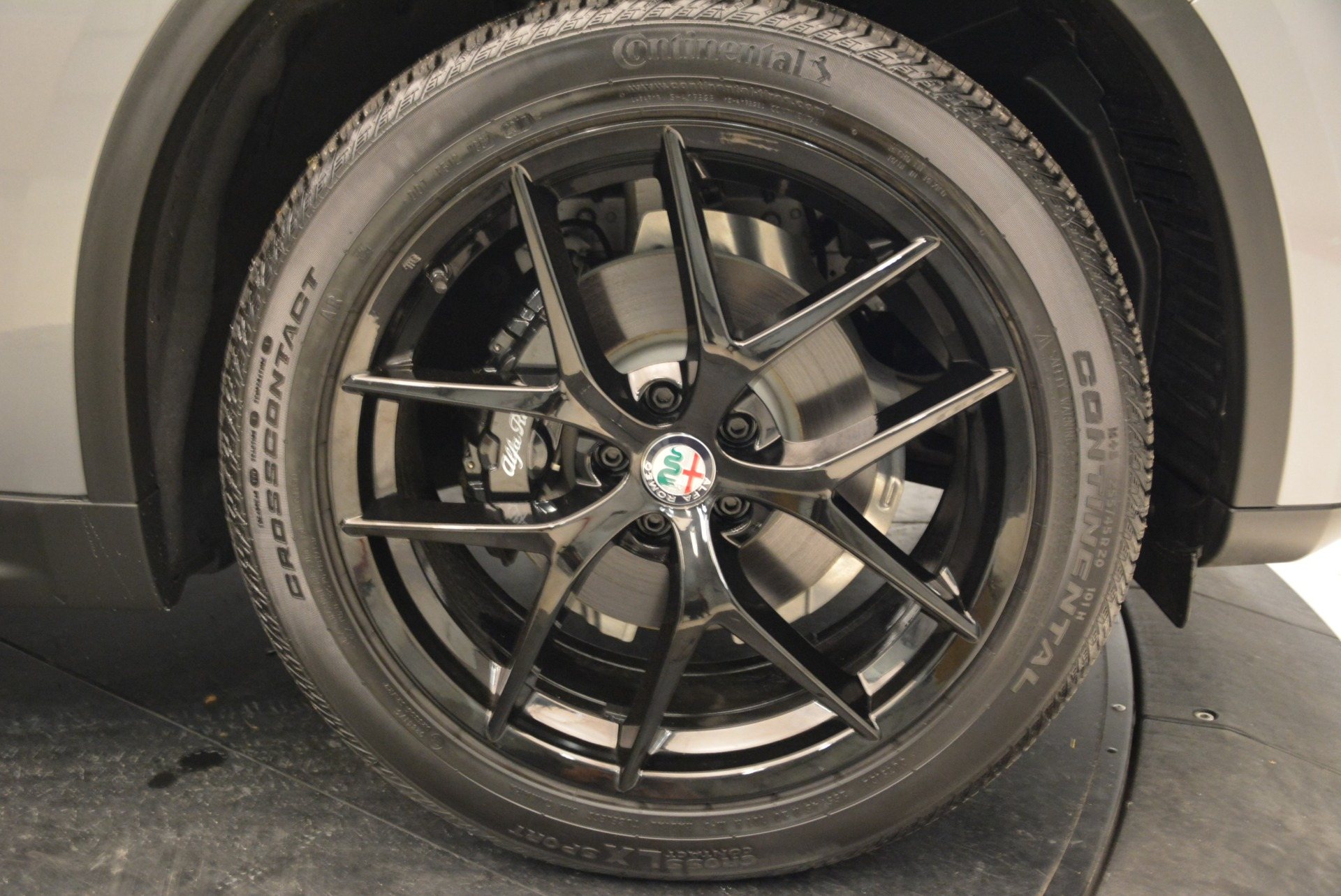 New 2018 Alfa Romeo Stelvio Ti Sport Q4 For Sale In Westport, CT 1621_p25