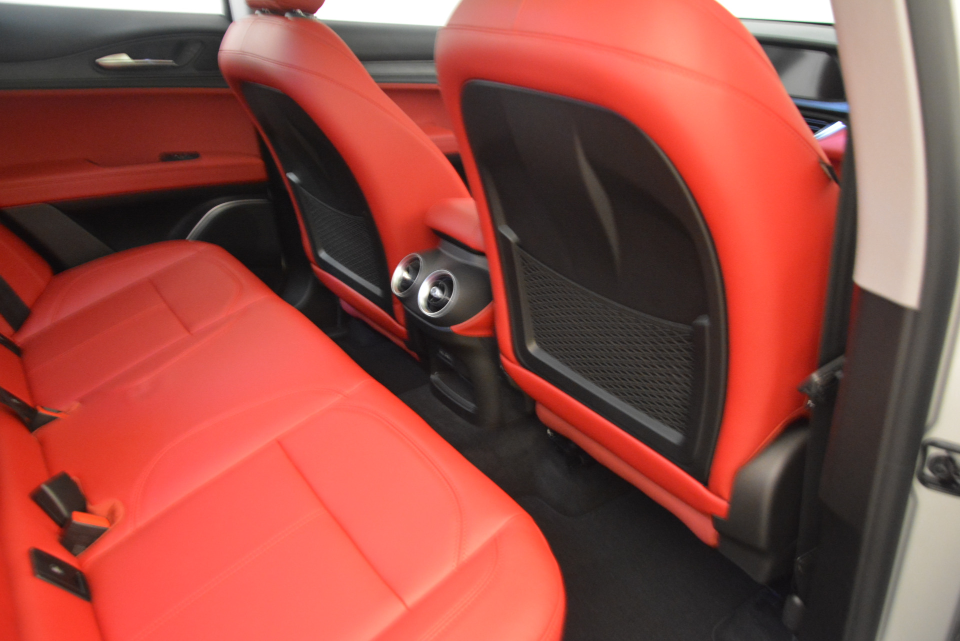 New 2018 Alfa Romeo Stelvio Q4 For Sale In Westport, CT 1624_p22