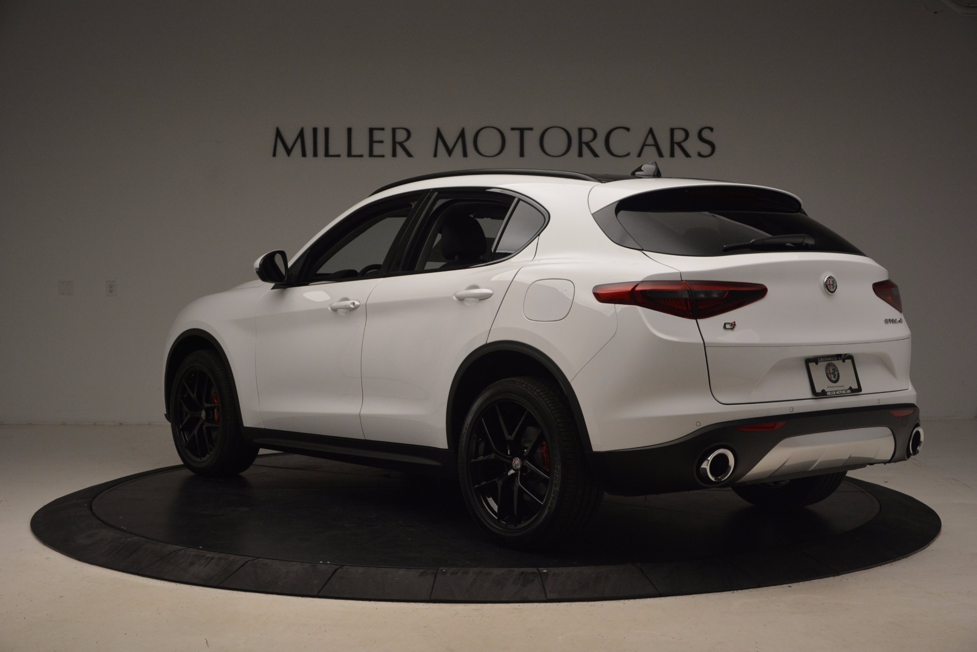 New 2018 Alfa Romeo Stelvio Sport Q4 For Sale In Westport, CT 1627_p5