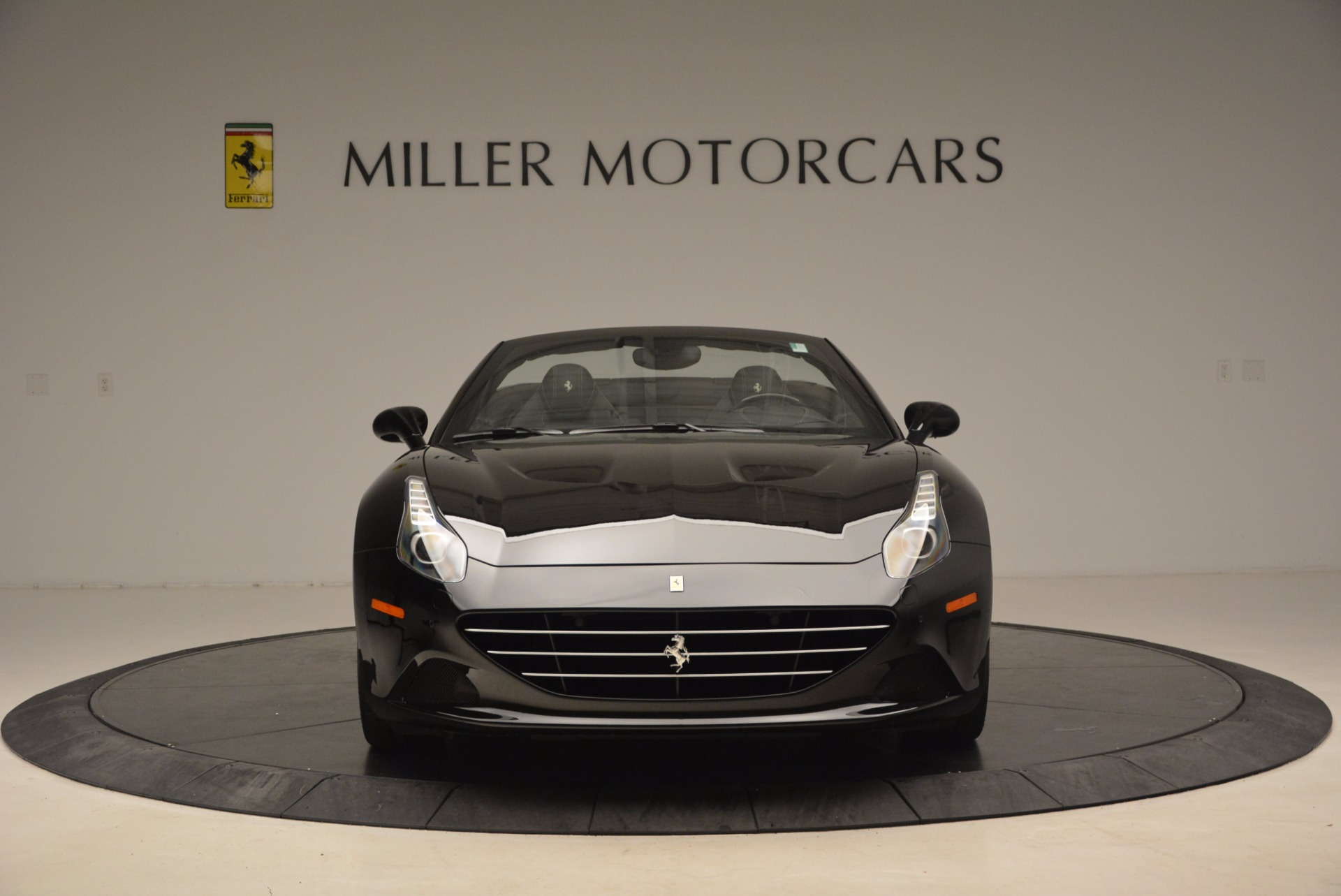 Used 2016 Ferrari California T  For Sale In Westport, CT 1630_p12