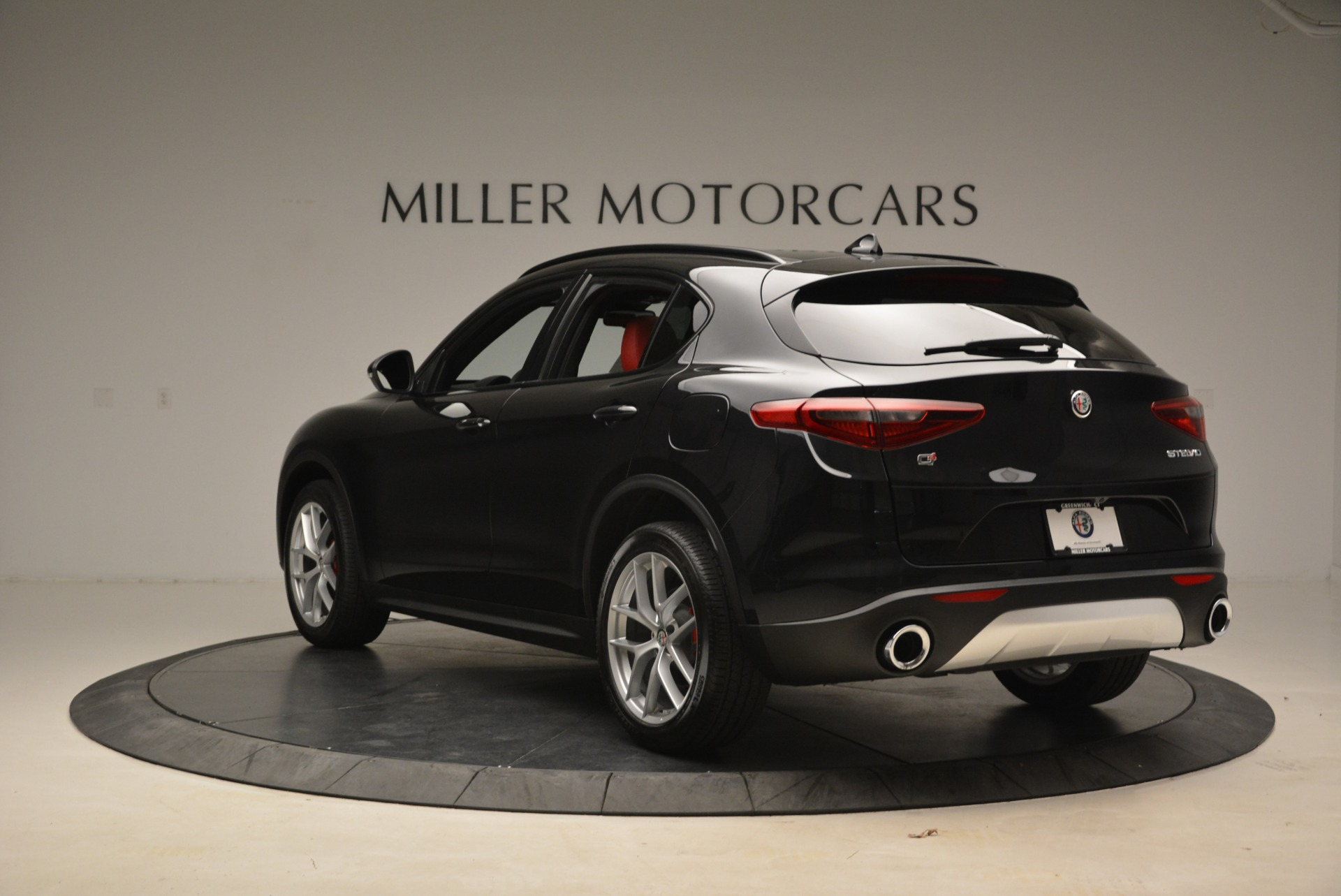 New 2018 Alfa Romeo Stelvio Sport Q4 For Sale In Westport, CT 1635_p5