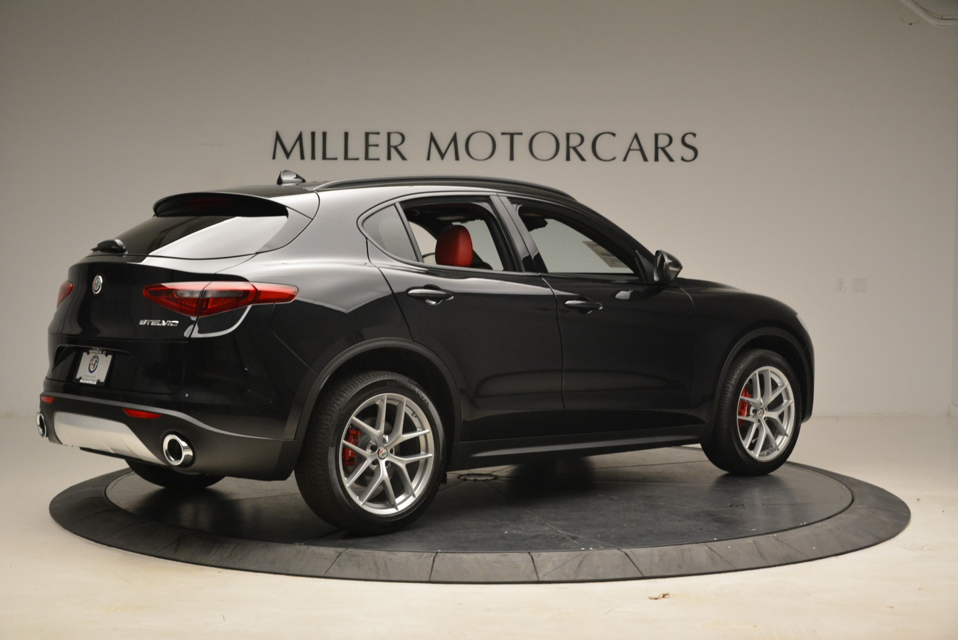 New 2018 Alfa Romeo Stelvio Sport Q4 For Sale In Westport, CT 1635_p8