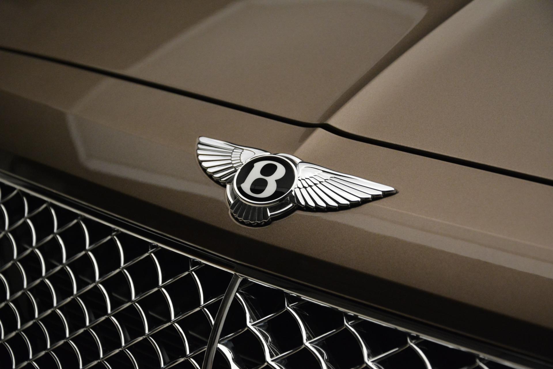 New 2018 Bentley Bentayga Signature For Sale In Westport, CT 1654_p14