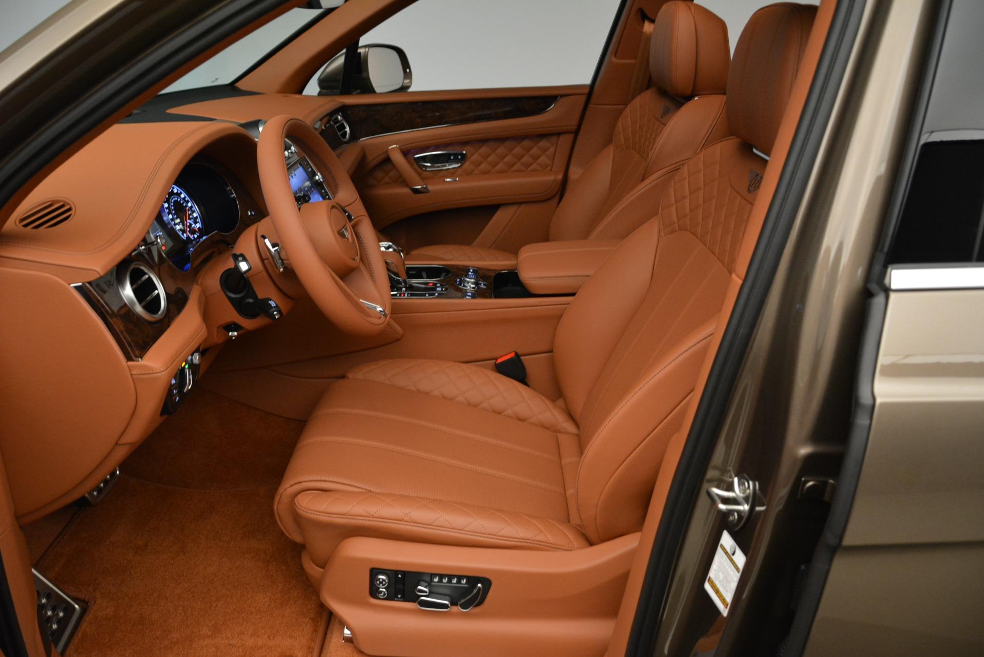 New 2018 Bentley Bentayga Signature For Sale In Westport, CT 1654_p20