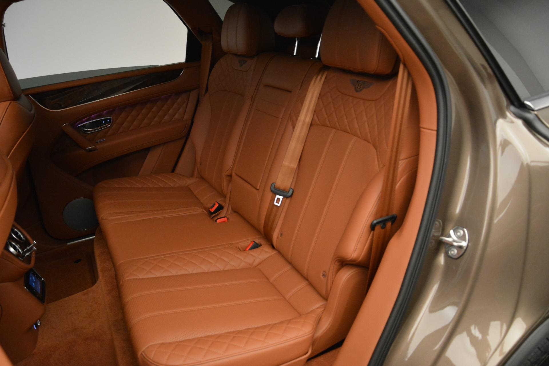 New 2018 Bentley Bentayga Signature For Sale In Westport, CT 1654_p25