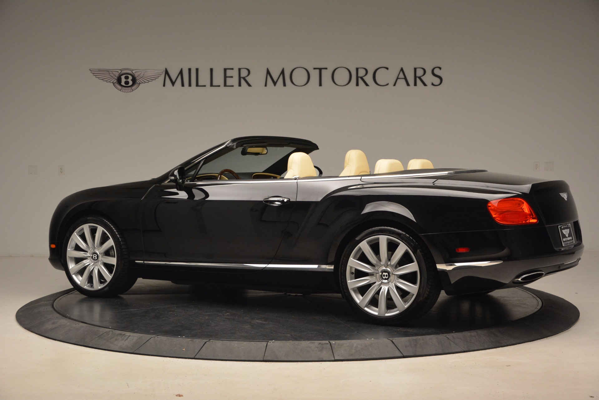 Used 2012 Bentley Continental GT W12 For Sale In Westport, CT 1656_p4
