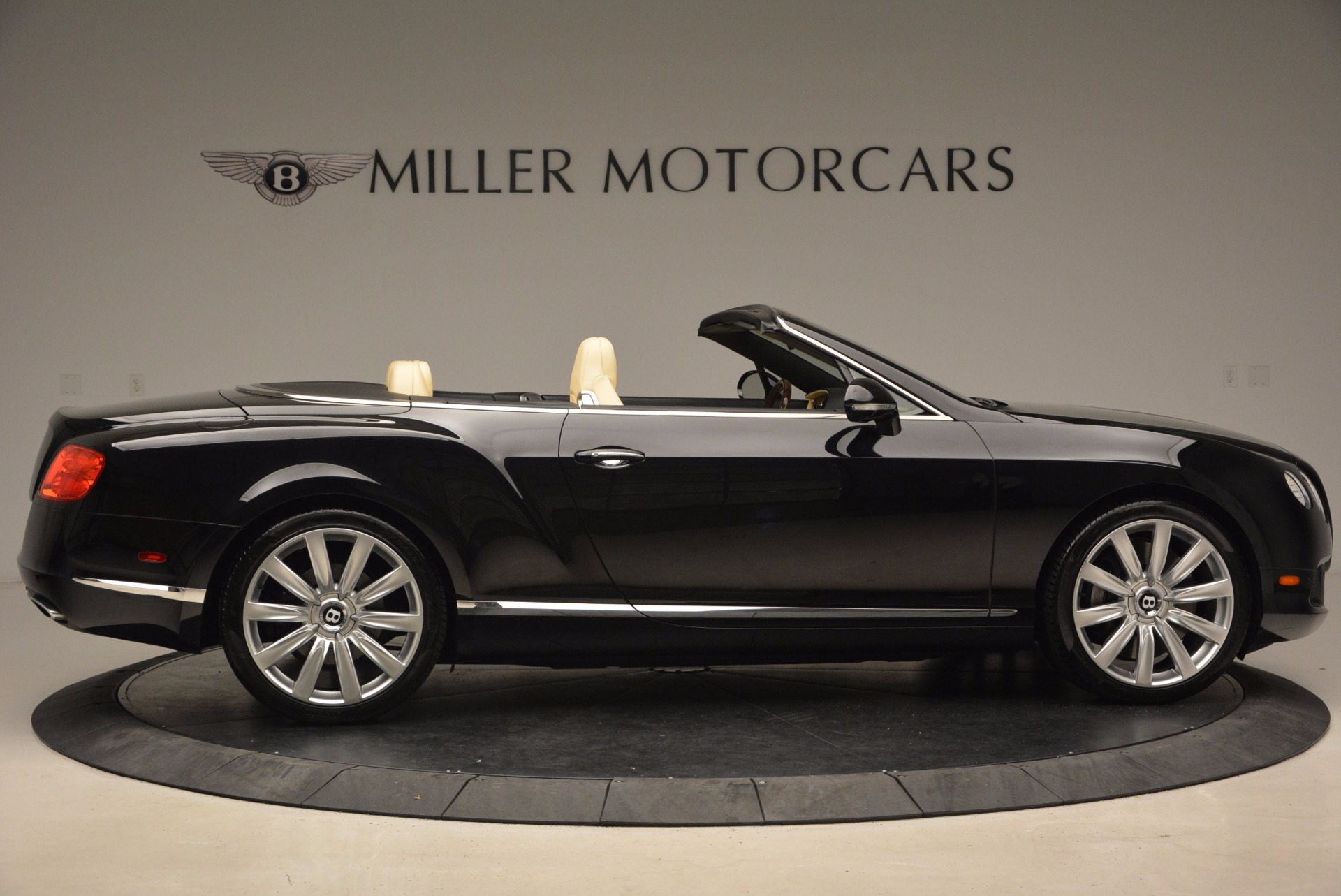 Used 2012 Bentley Continental GT W12 For Sale In Westport, CT 1656_p9