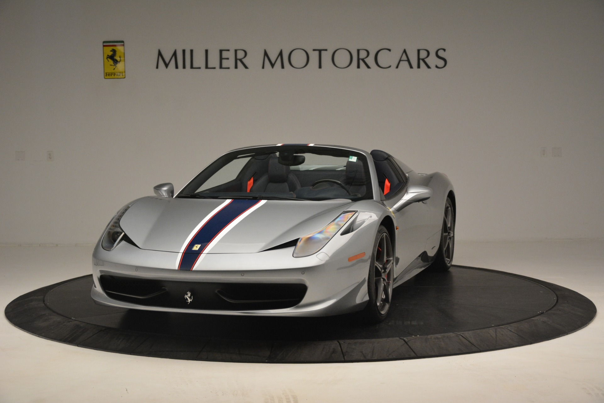 Used 2015 Ferrari 458 Spider  For Sale In Westport, CT 1667_main