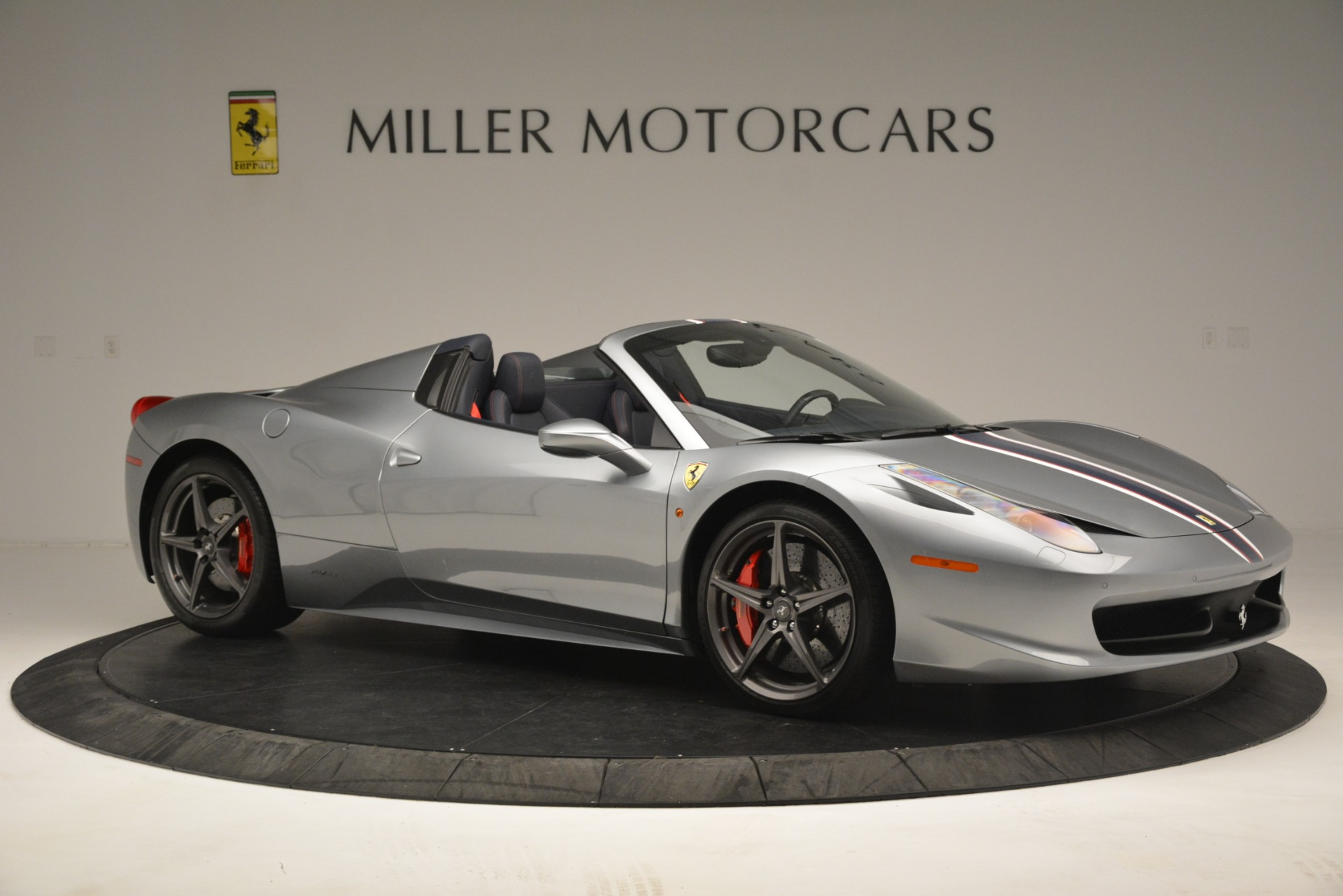Used 2015 Ferrari 458 Spider  For Sale In Westport, CT 1667_p10