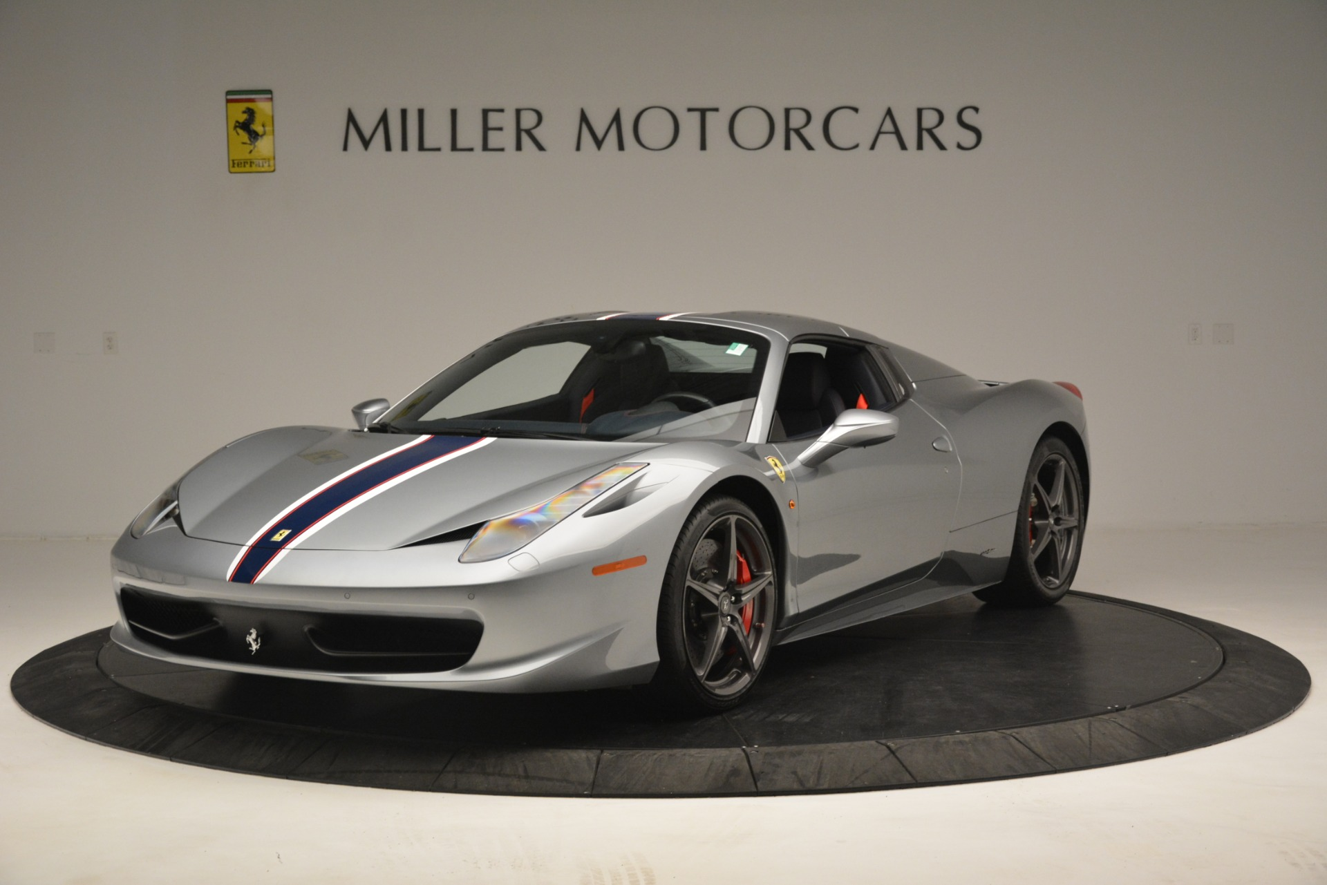 Used 2015 Ferrari 458 Spider  For Sale In Westport, CT 1667_p13
