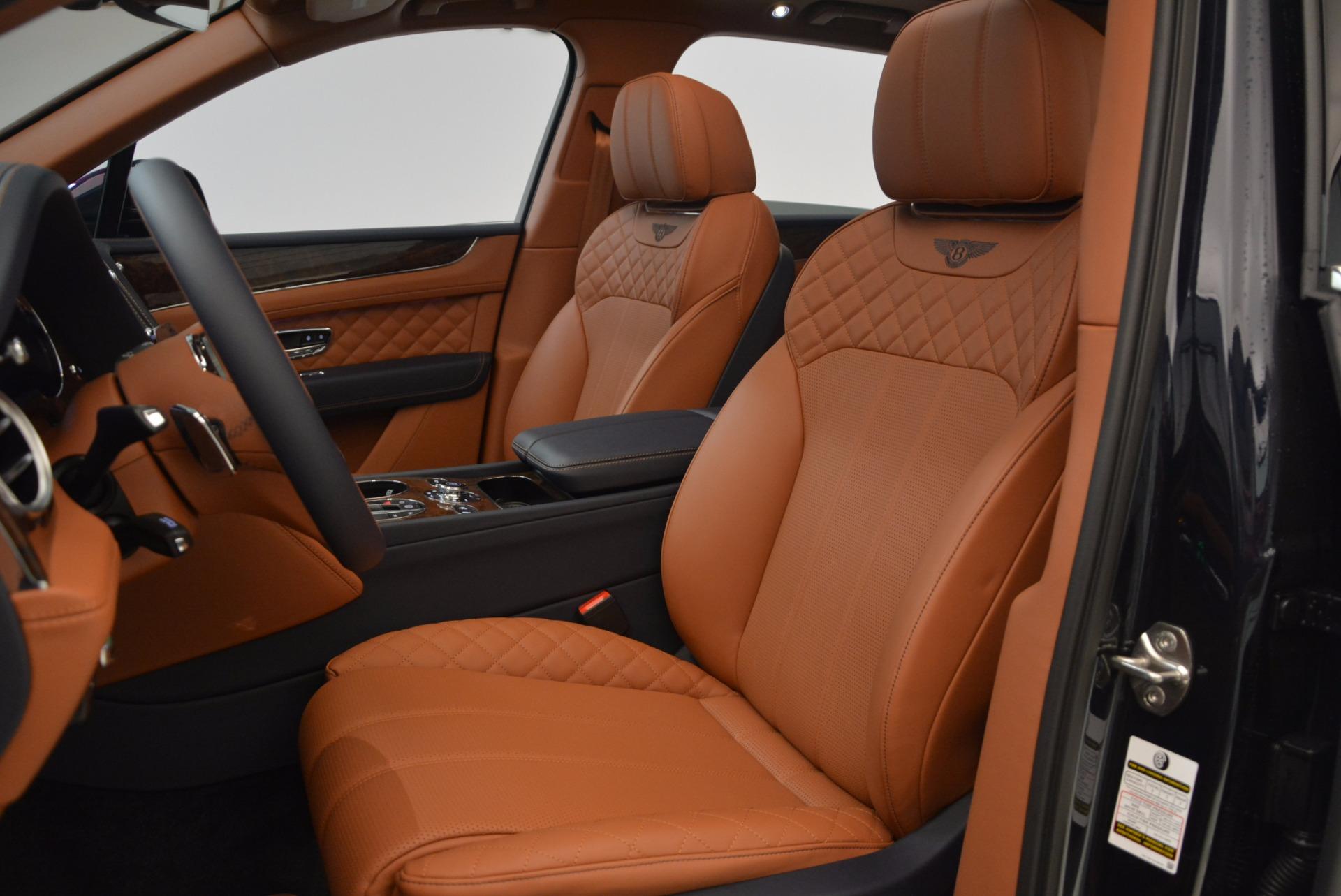 New 2018 Bentley Bentayga Signature For Sale In Westport, CT 1675_p24