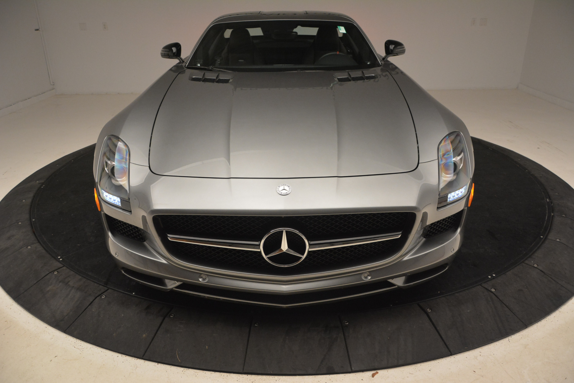 Used 2014 Mercedes-Benz SLS AMG GT For Sale In Westport, CT 1694_p18