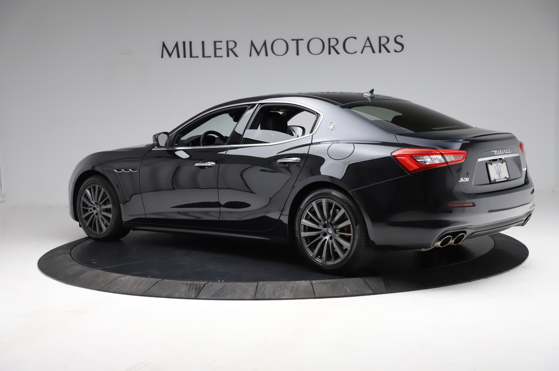 Used 2018 Maserati Ghibli S Q4 For Sale In Westport, CT 1698_p4