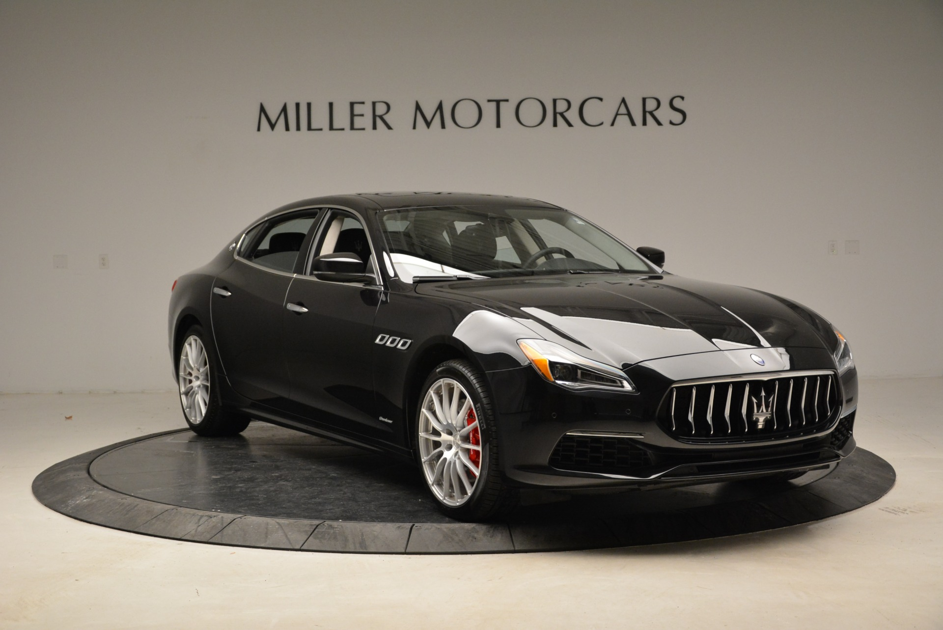 New 2018 Maserati Quattroporte S Q4 GranLusso For Sale In Westport, CT 1705_p11