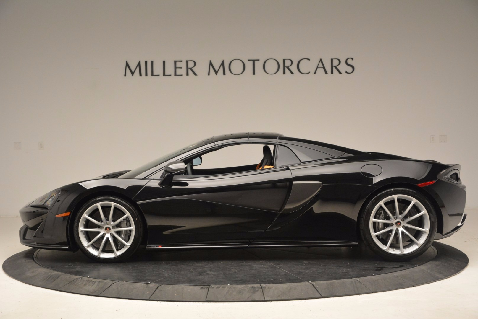 Used 2018 McLaren 570S Spider For Sale In Westport, CT 1716_p14