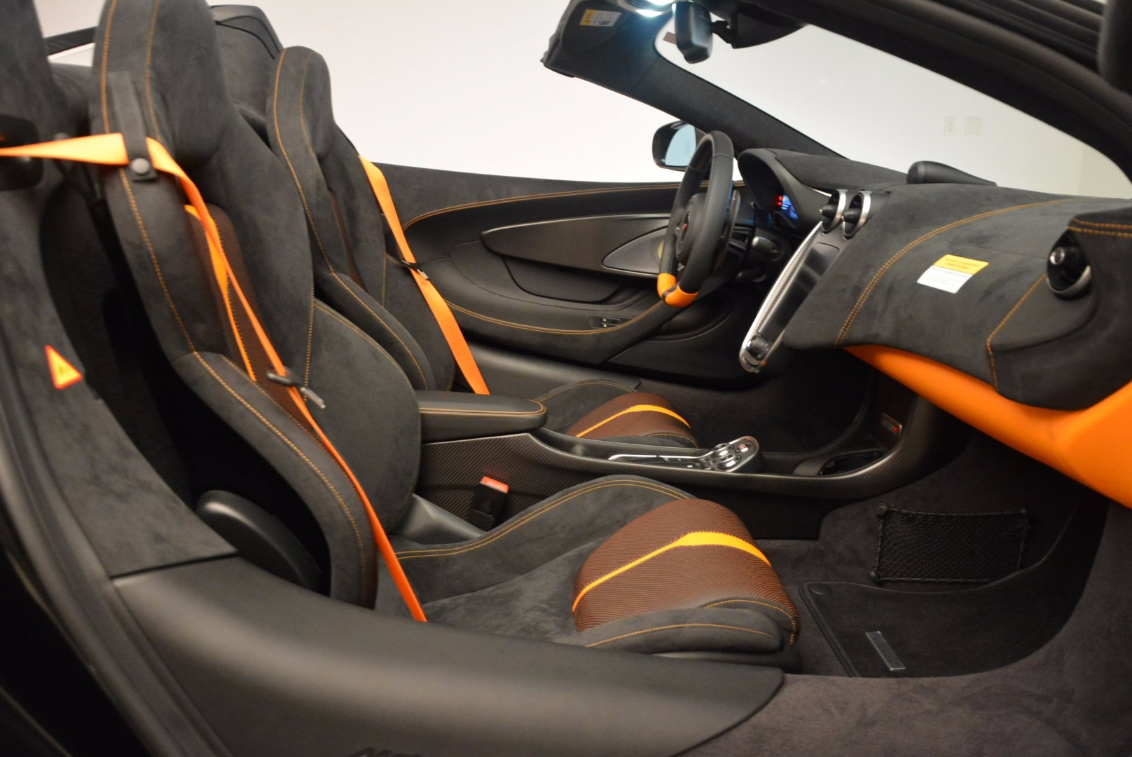 Used 2018 McLaren 570S Spider For Sale In Westport, CT 1716_p28