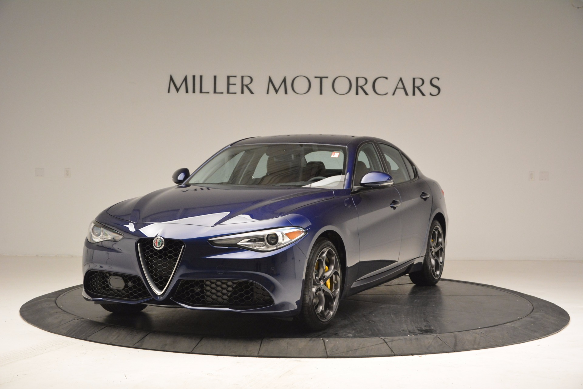 New 2018 Alfa Romeo Giulia Ti Sport Q4 For Sale In Westport, CT 1719_main