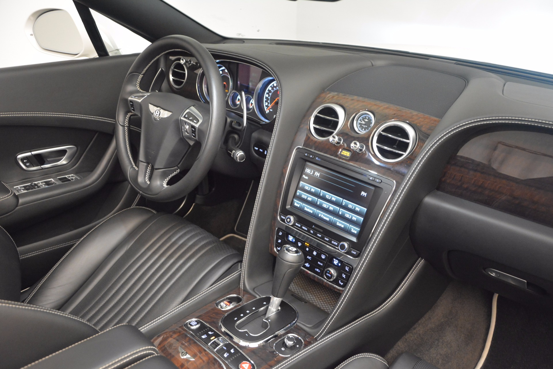 Used 2016 Bentley Continental GT V8 For Sale In Westport, CT 1728_p48